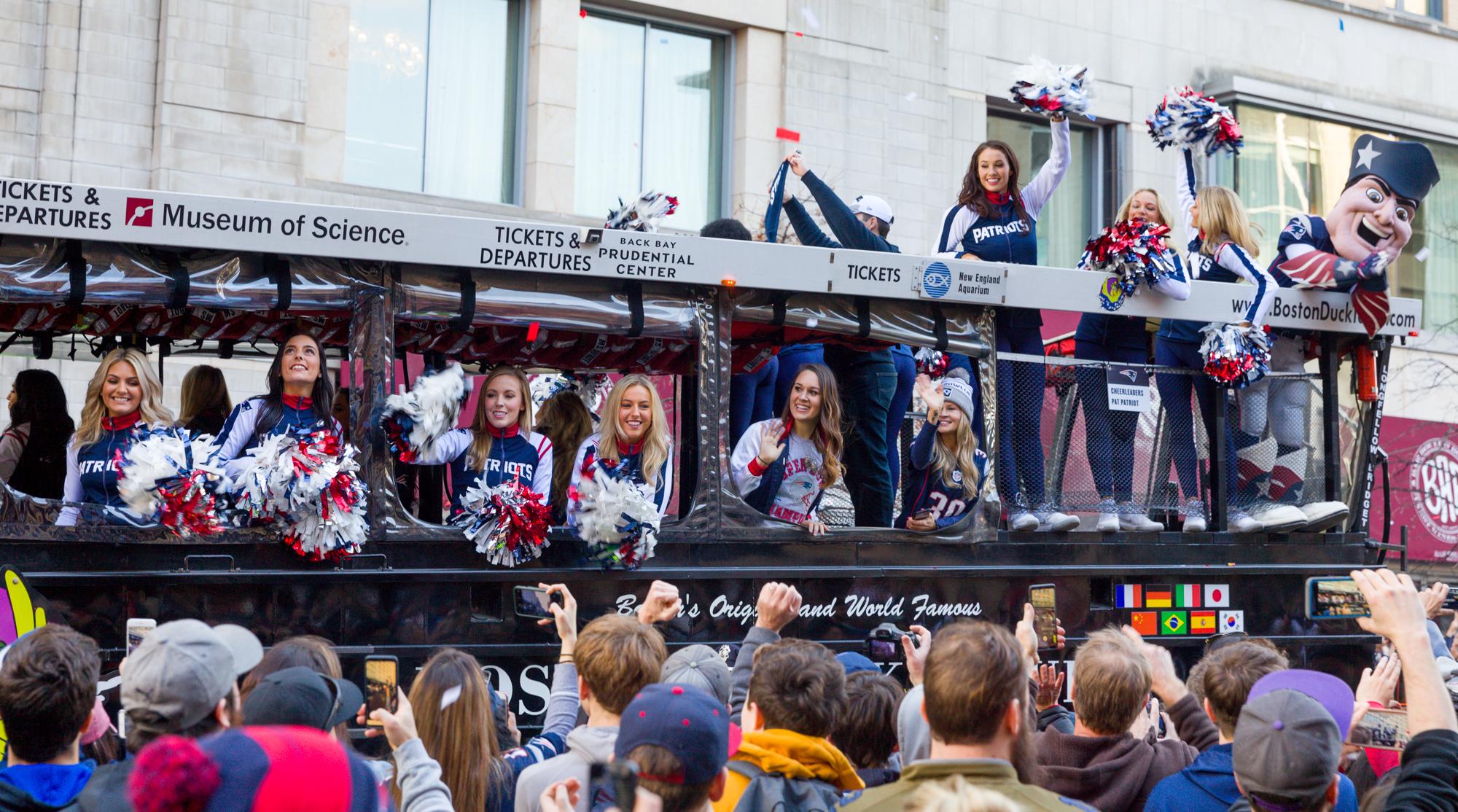 Cheerleaders, Pat Patriot