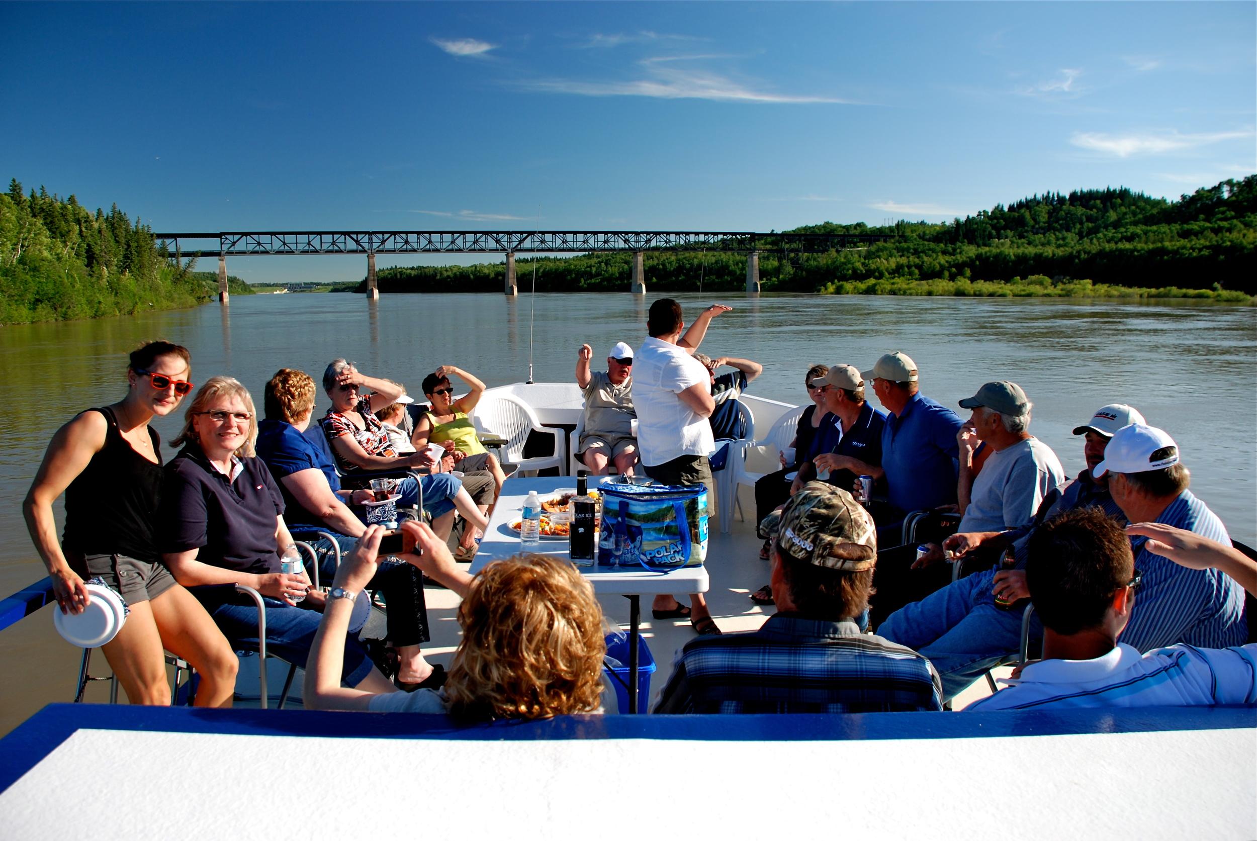 river cruise.JPG