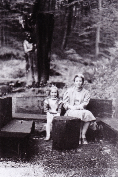long lost childhood photo - mom and I - Sochi ca 1989