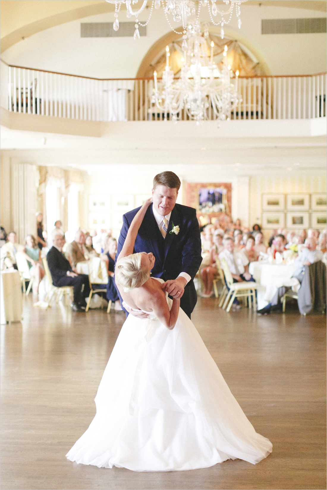 jess_tyler-bright-cheery-richmond-virginia-wedding_0043