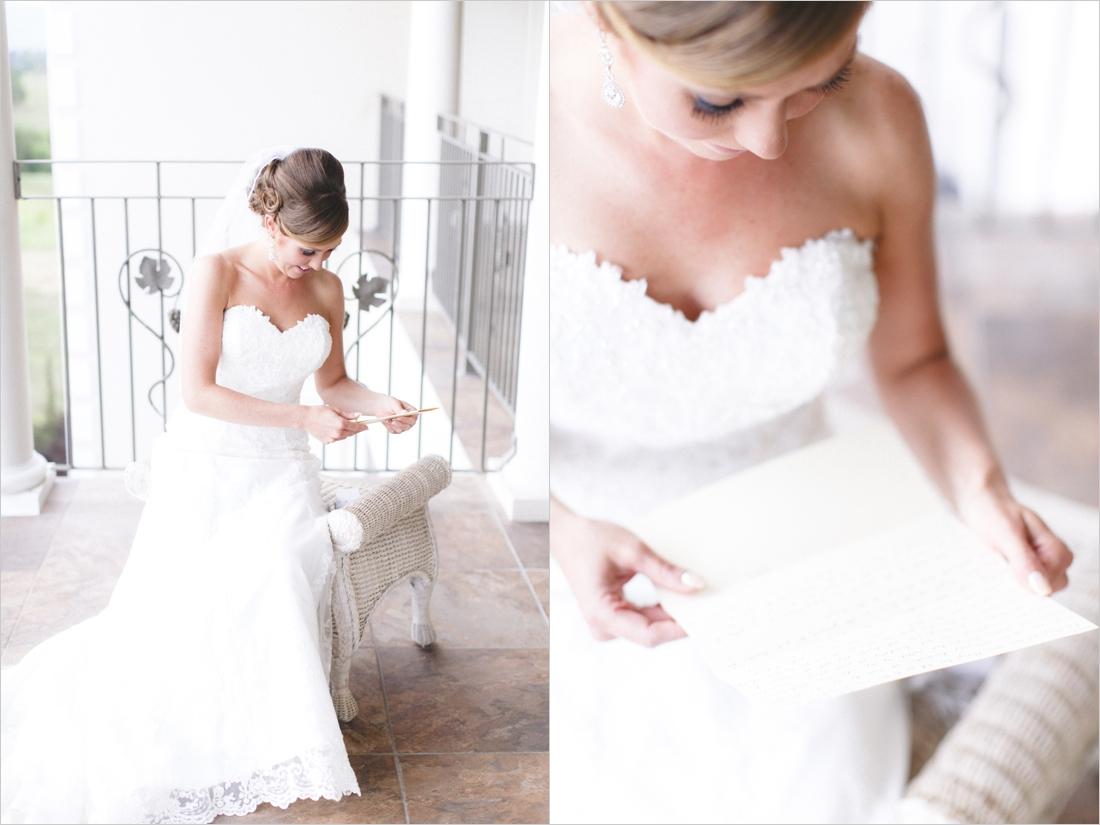 leslie-derek-crosskeys-vineyard-wedding-harrisonbug-va_0015