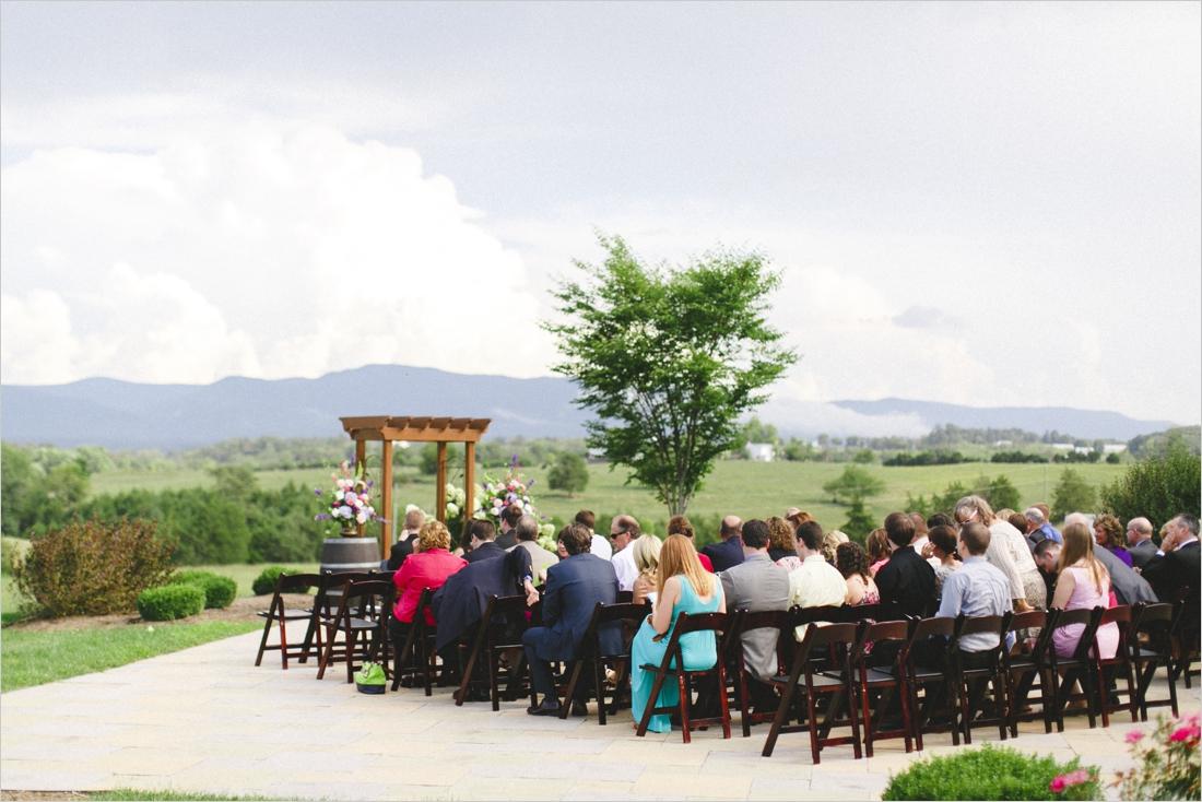 leslie-derek-crosskeys-vineyard-wedding-harrisonbug-va_0019
