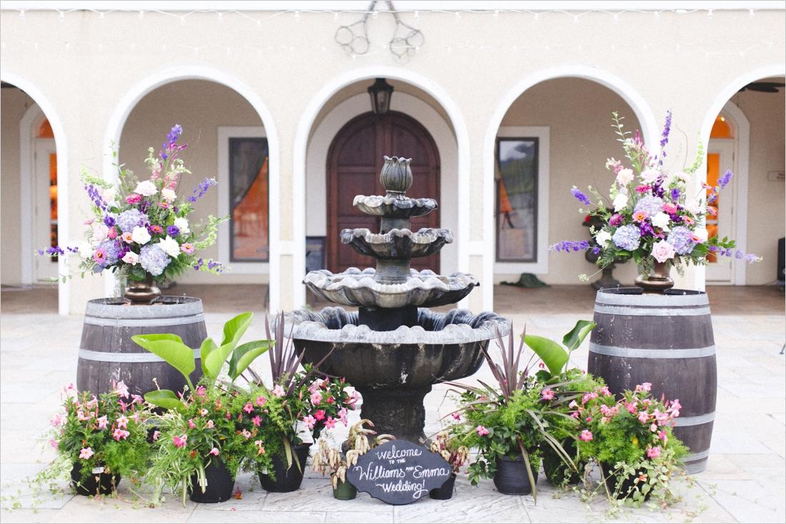 leslie-derek-crosskeys-vineyard-wedding-harrisonbug-va_0041a