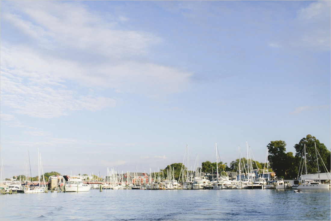 courtney-justin-annapolis-maryland-waterfront-engagement_0001