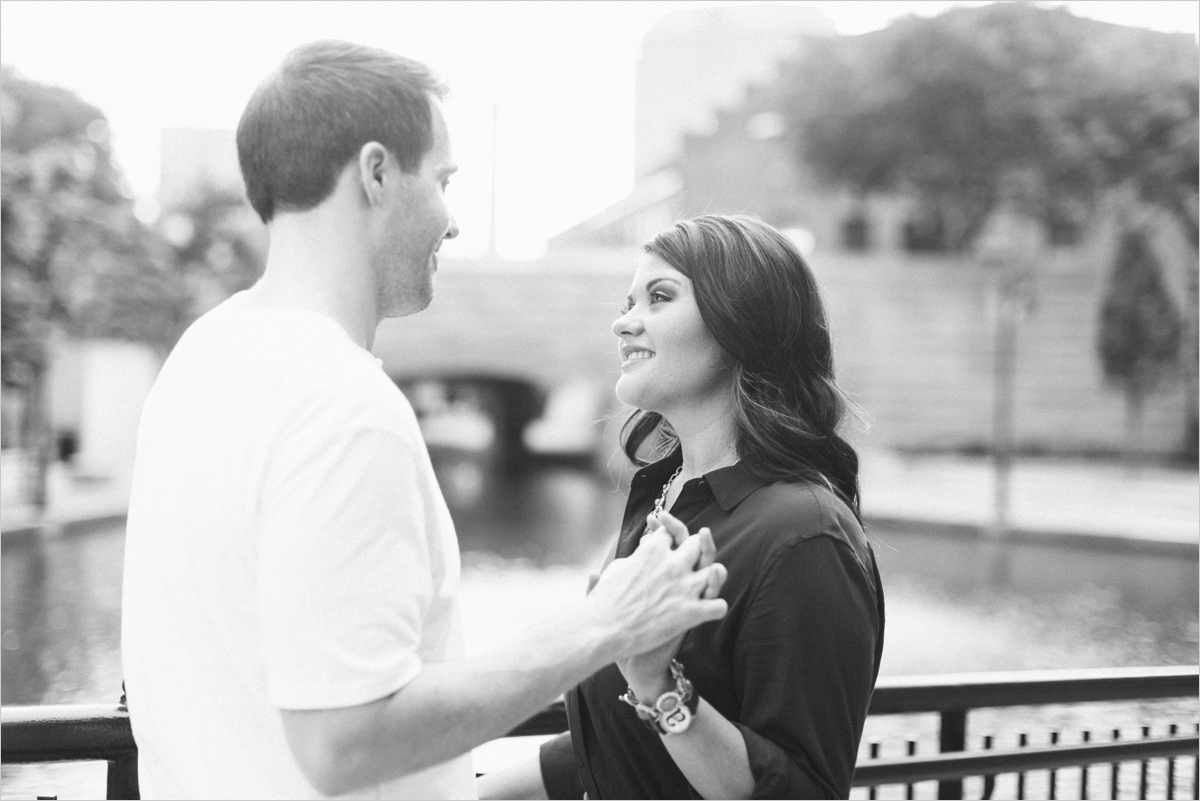 ariana-kevin-downtown-richmond-engagement_0017a