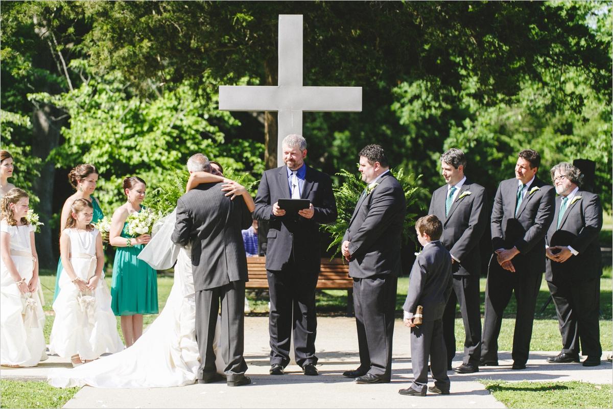 anna-david-historic-blackstone-virginia-wedding_0024