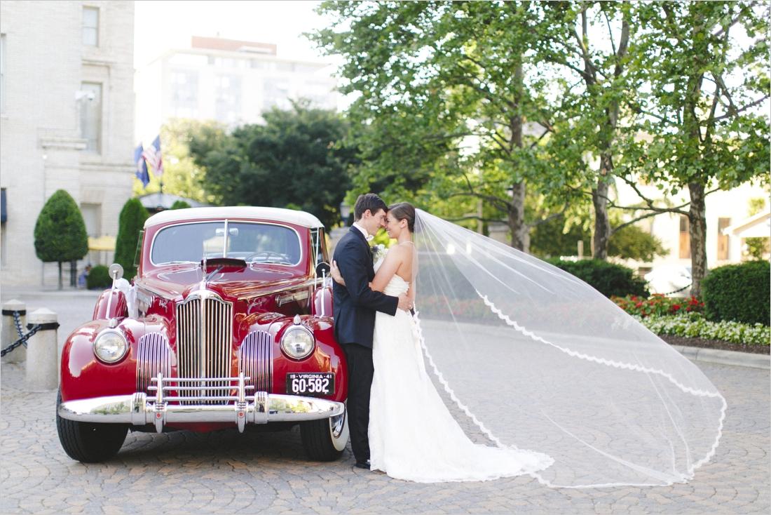 sarah-will-jefferson-hotel-virginia-wedding-photographer_0040