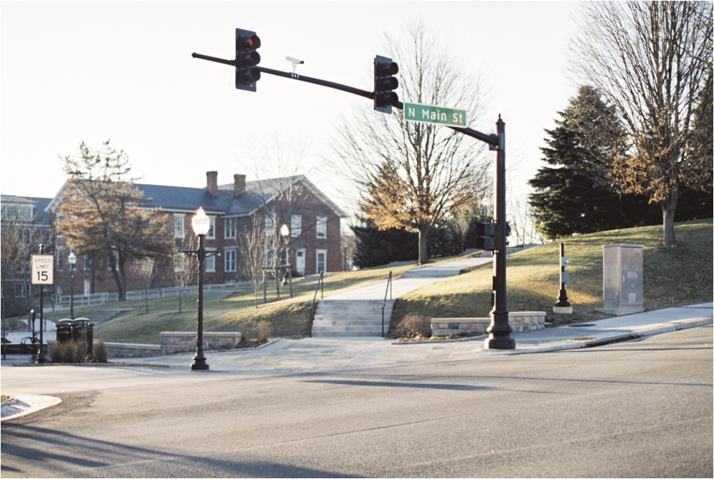cozy-winter-downtown-blacksburg-va-engagement__0005