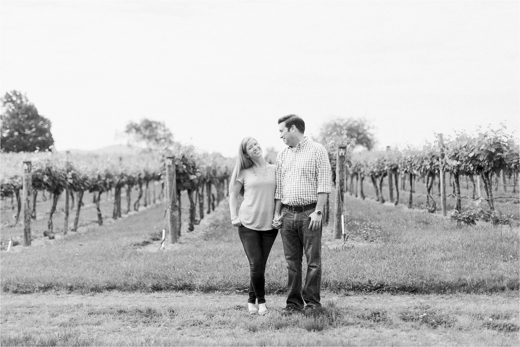 stephanie-yonce-vertias-winery-engagement-photo_0003.jpg