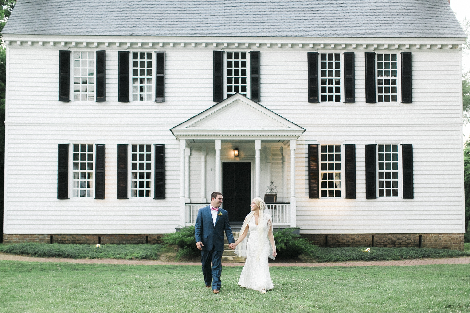 richmond-virginia-tuckahoe-plantation-coral-summer-wedding-stephanie-yonce-photos_0037.jpg
