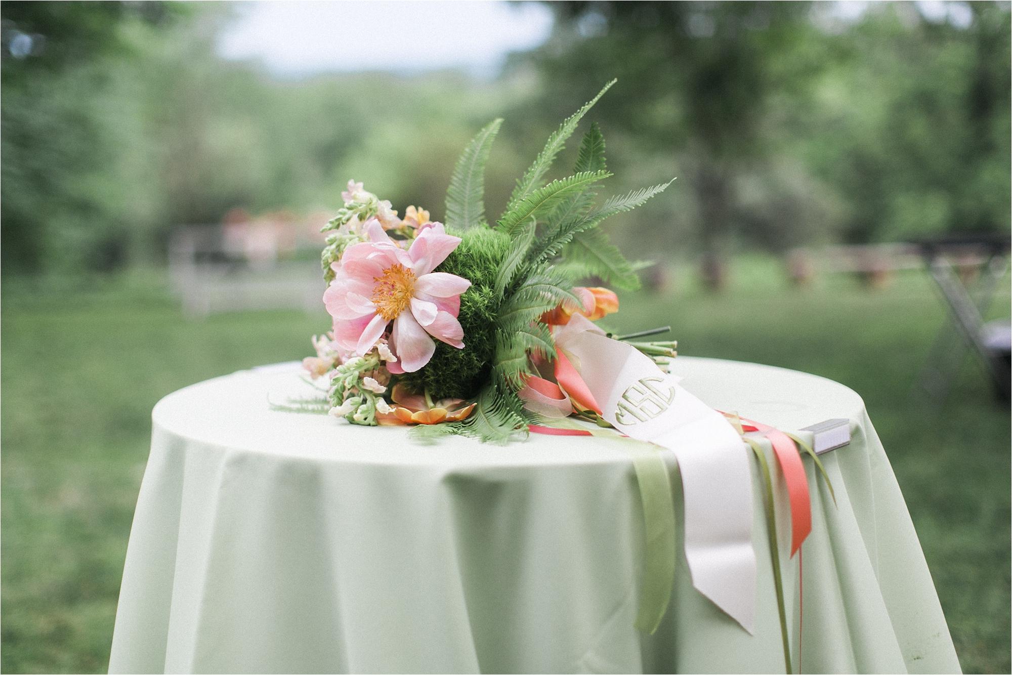 richmond-virginia-tuckahoe-plantation-coral-summer-wedding-stephanie-yonce-photos_0049.jpg
