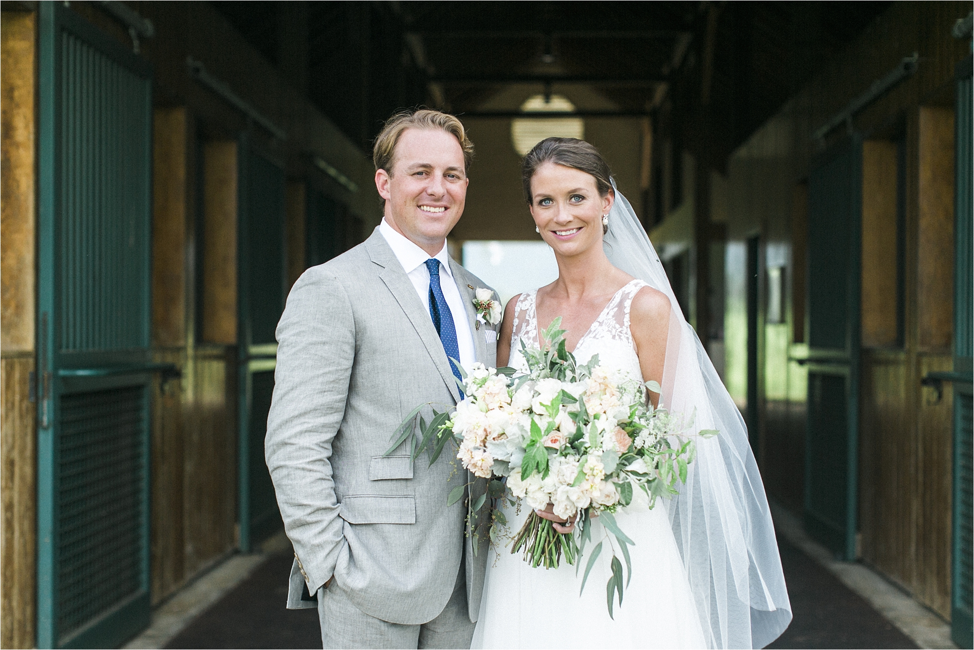 stephanie-yonce-charlottesville-virginia-king-family-vineyard-wedding-photos_0015.jpg