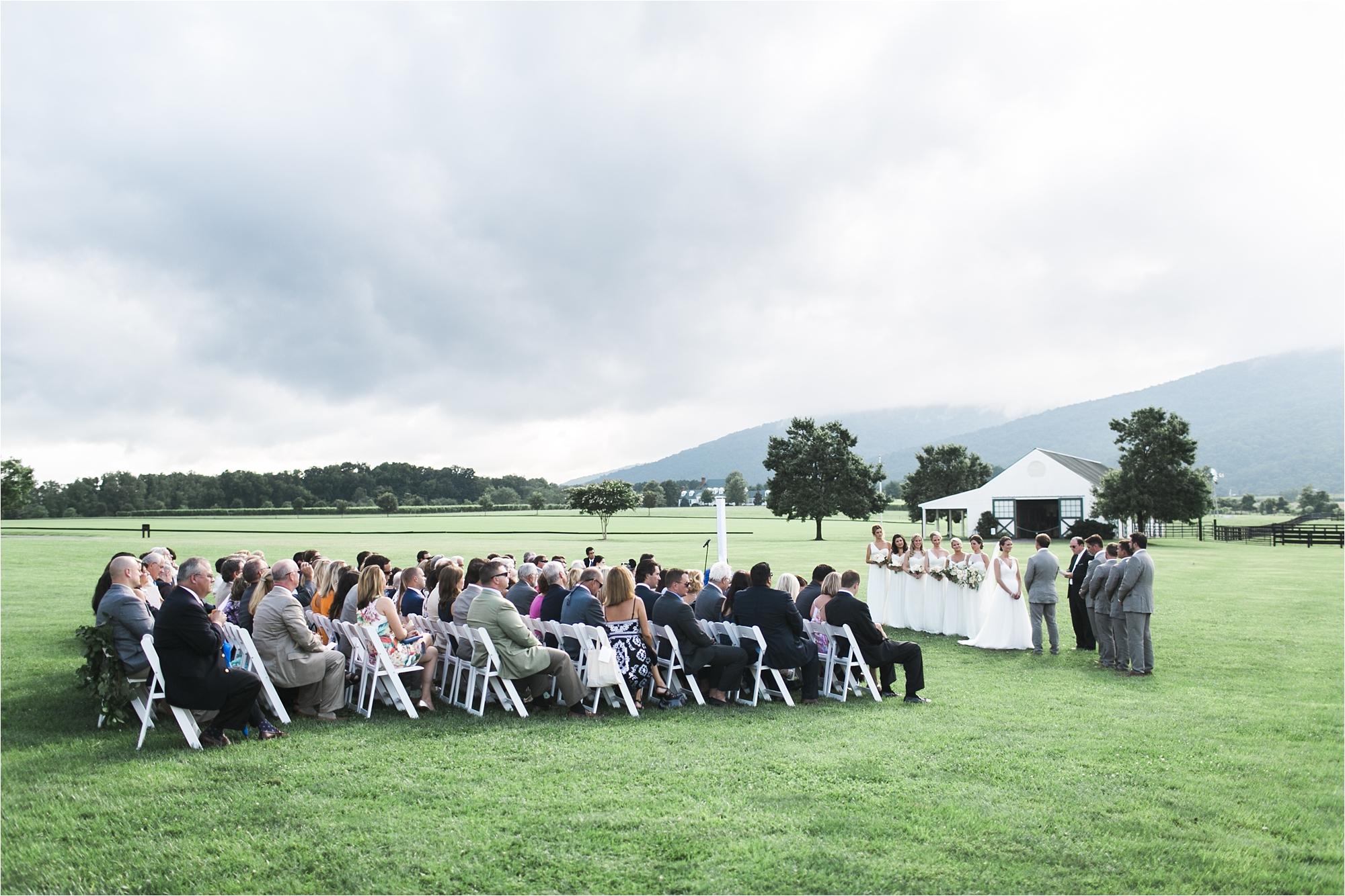 stephanie-yonce-charlottesville-virginia-king-family-vineyard-wedding-photos_0031.jpg