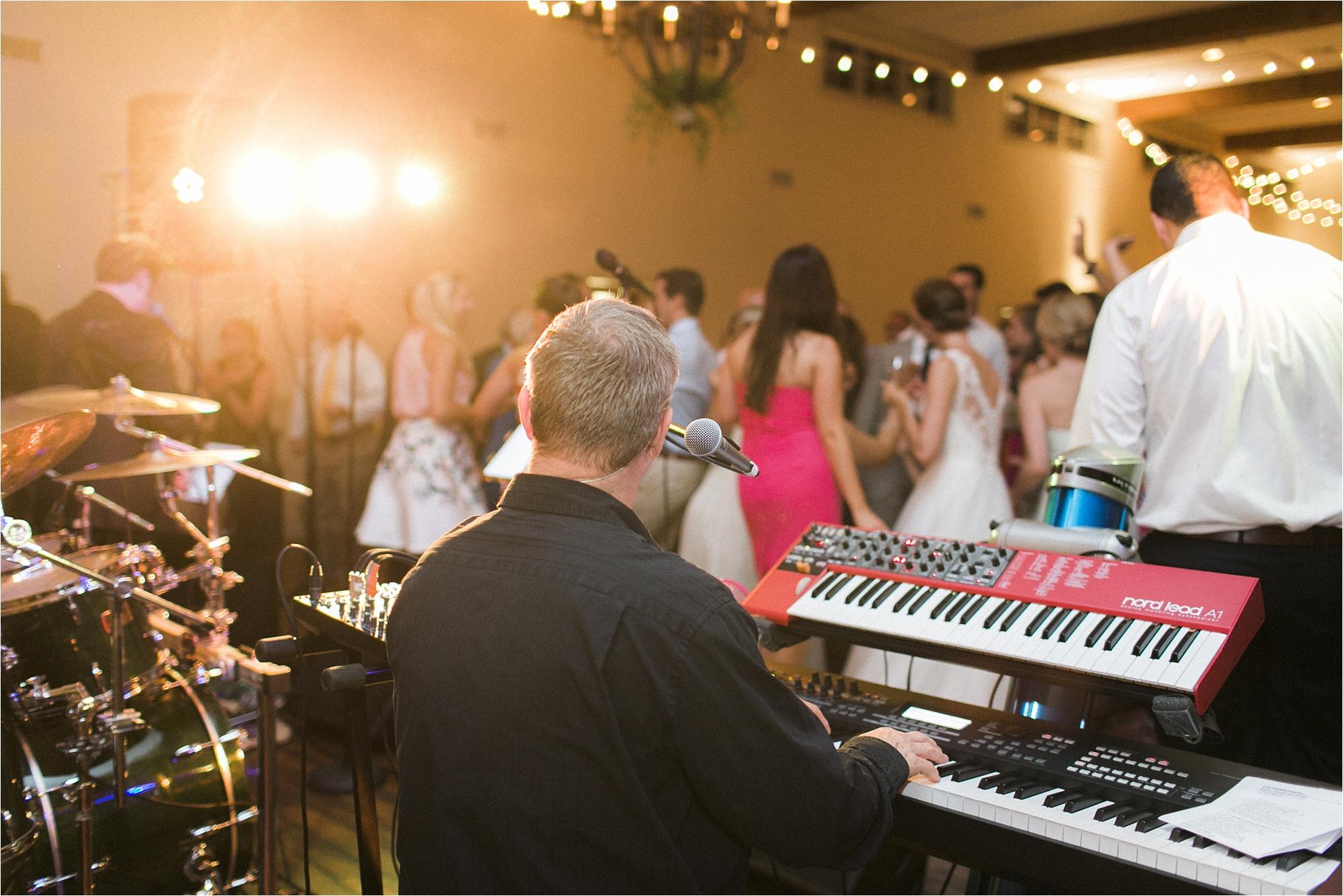 stephanie-yonce-charlottesville-virginia-king-family-vineyard-wedding-photos_0065.jpg