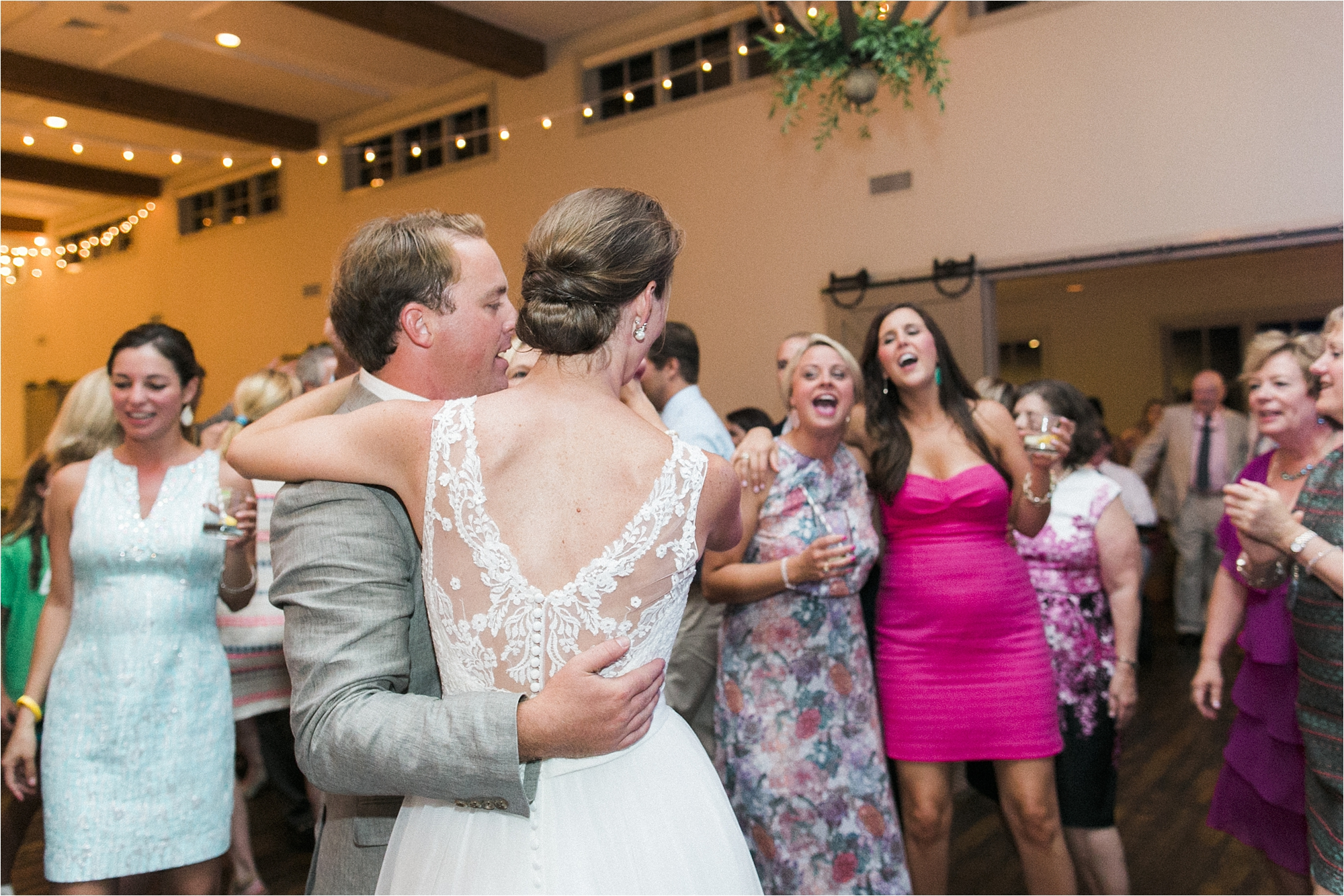 stephanie-yonce-charlottesville-virginia-king-family-vineyard-wedding-photos_0070.jpg