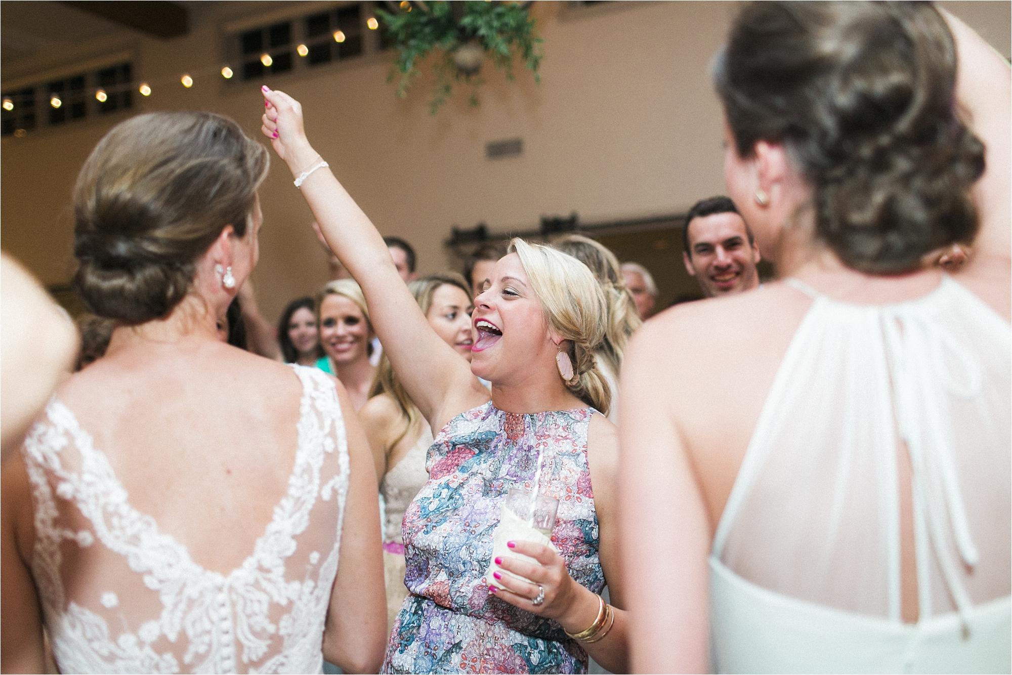 stephanie-yonce-charlottesville-virginia-king-family-vineyard-wedding-photos_0071.jpg