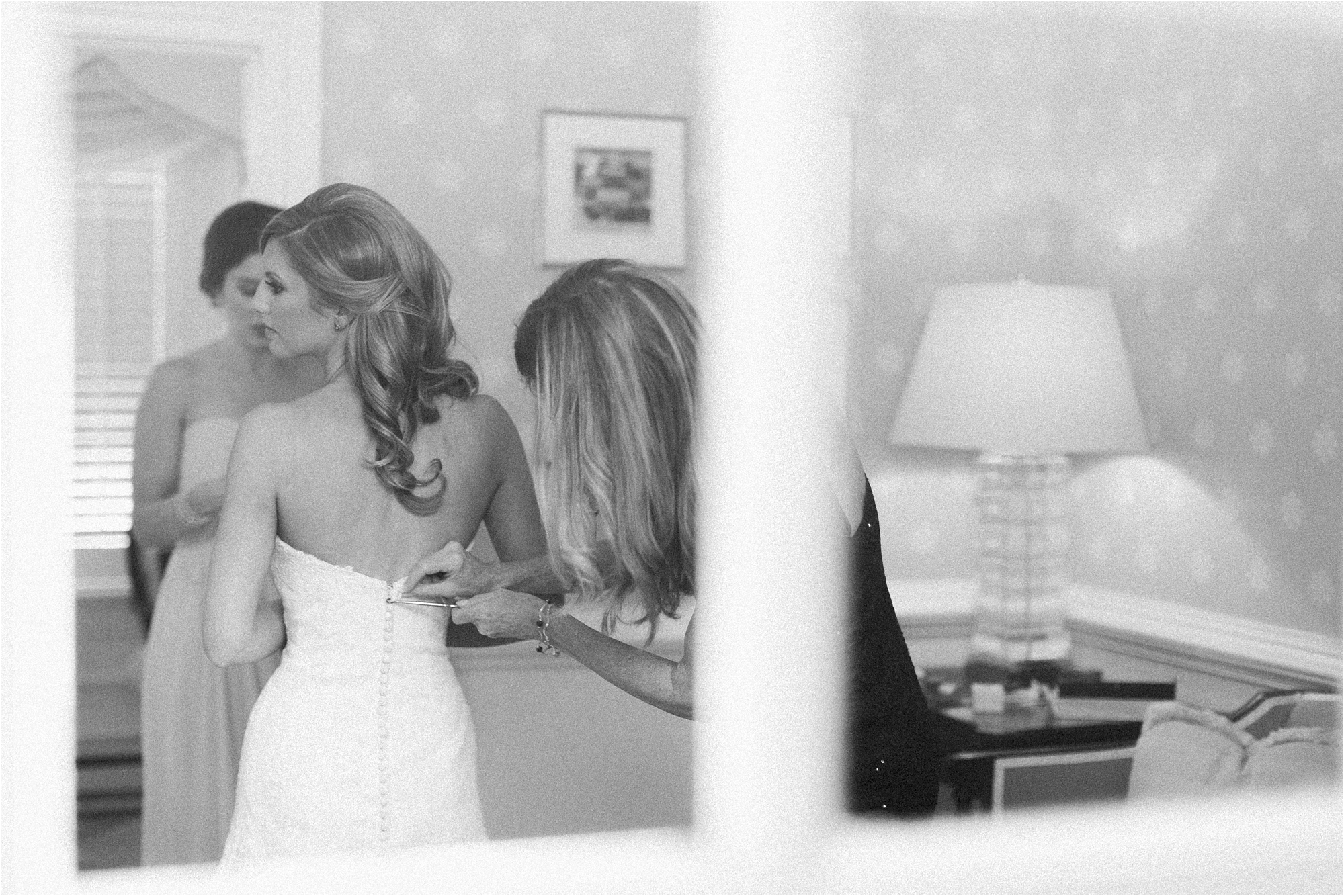 stephanie-yonce-photography-richmond-virginia-country-club-wedding_0006.jpg