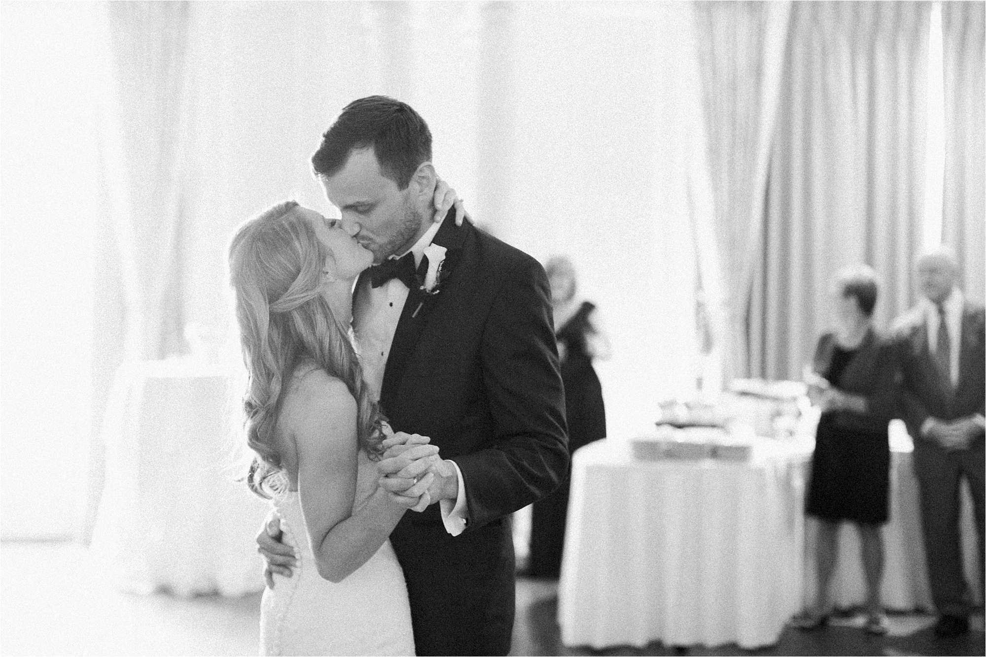 stephanie-yonce-photography-richmond-virginia-country-club-wedding_0041.jpg