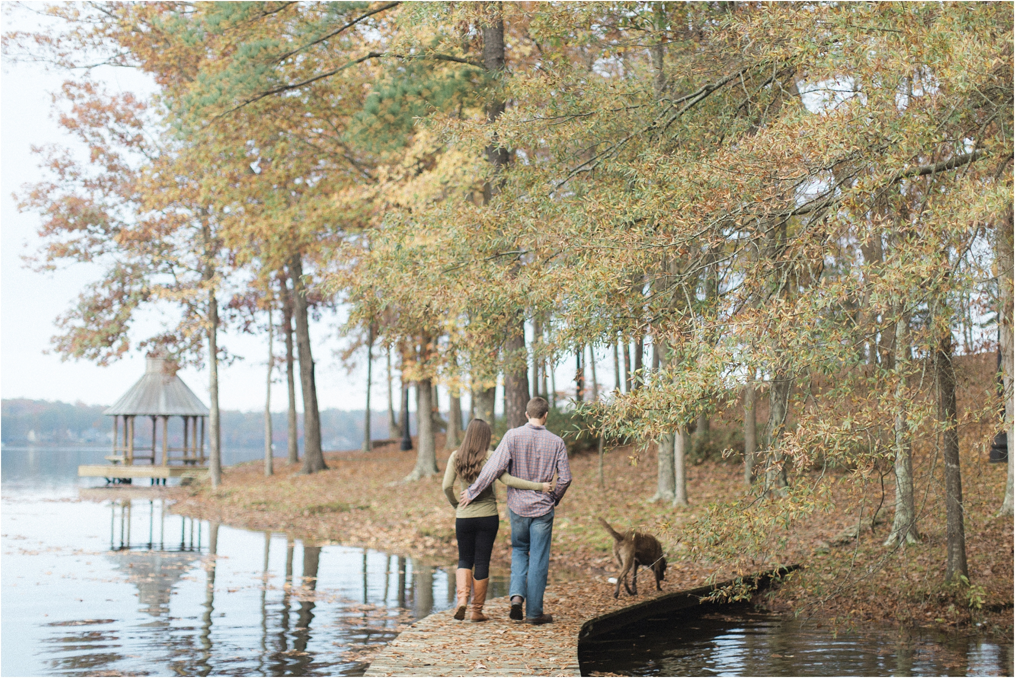 stephanie-yonce-photography-richmond-virginia-woodsey-fall-engagement-session-photos_0014.jpg