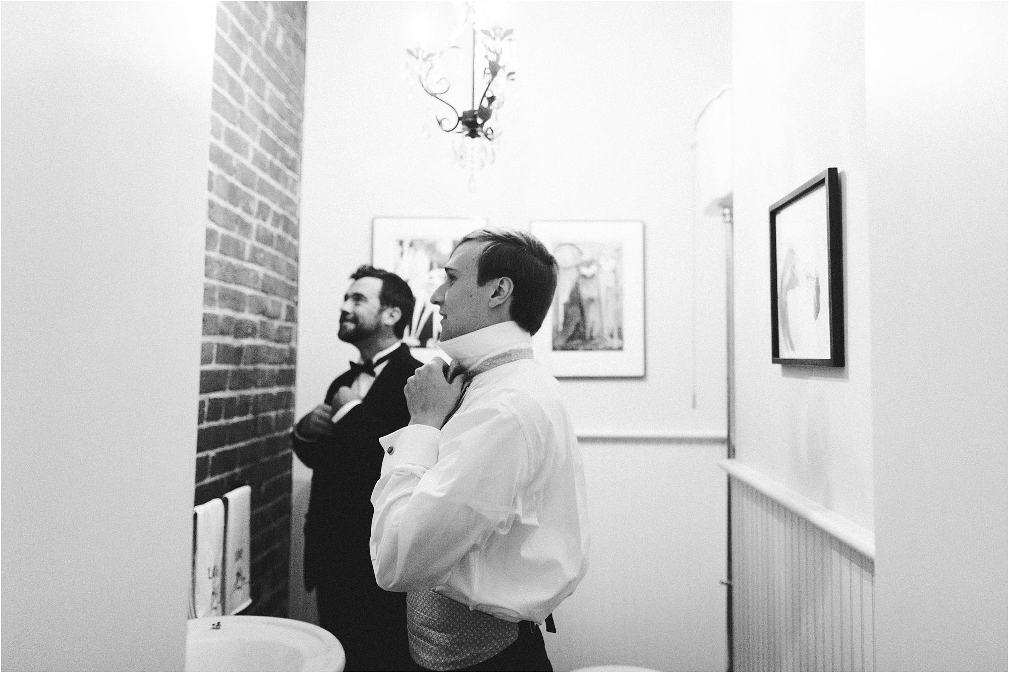 historic-commonwealth-club-richmond-virginia-wedding-photos_0012.jpg