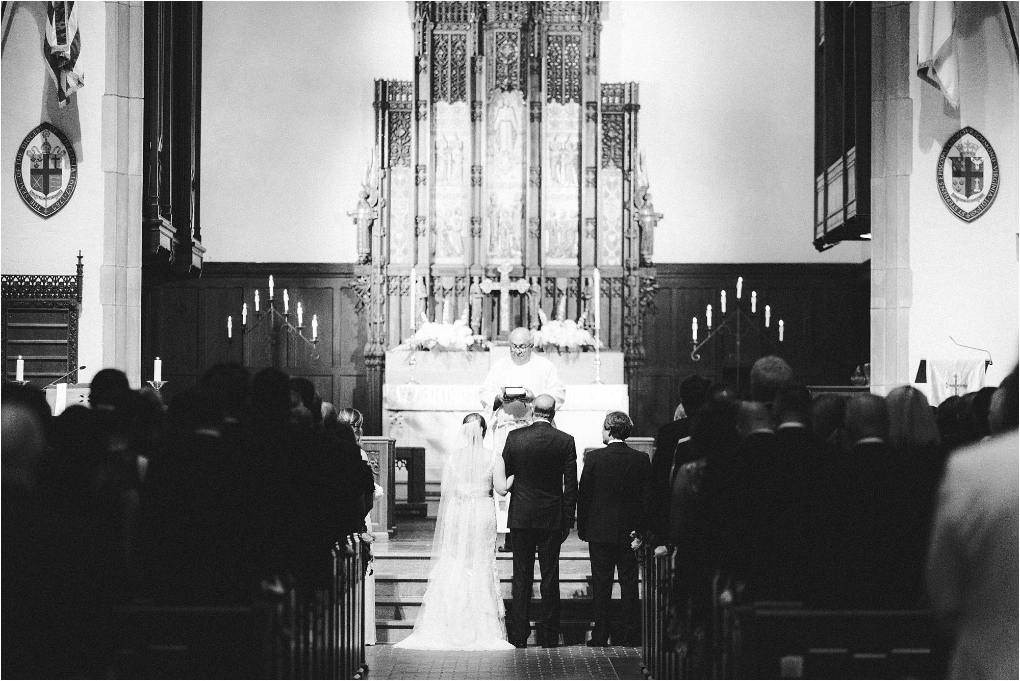 historic-commonwealth-club-richmond-virginia-wedding-photos_0021.jpg