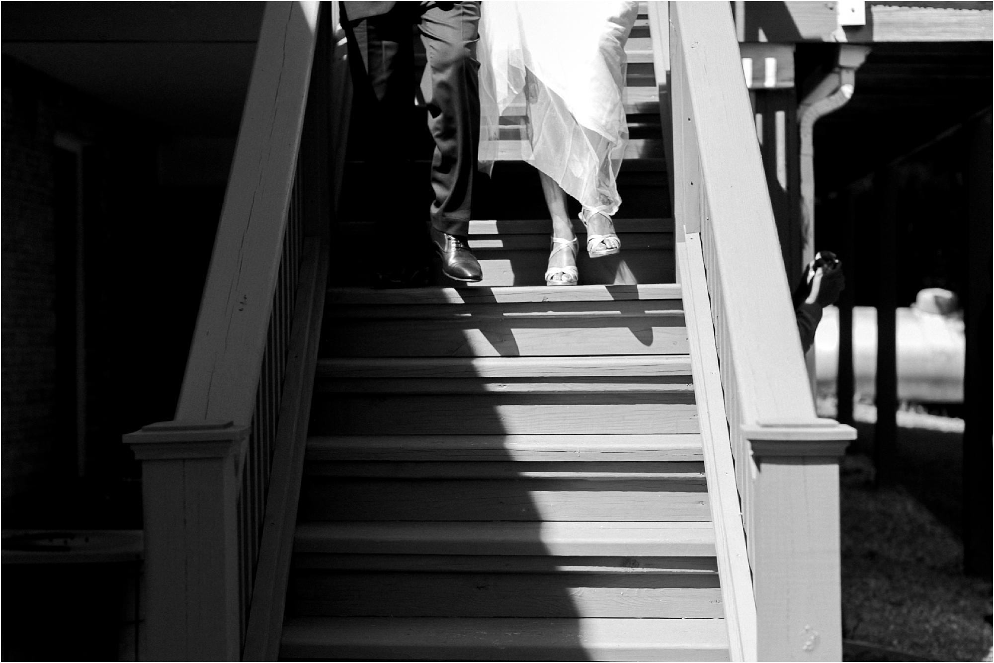 inimate-richmond-virginia-backyard-summer-wedding-photos_0007.jpg