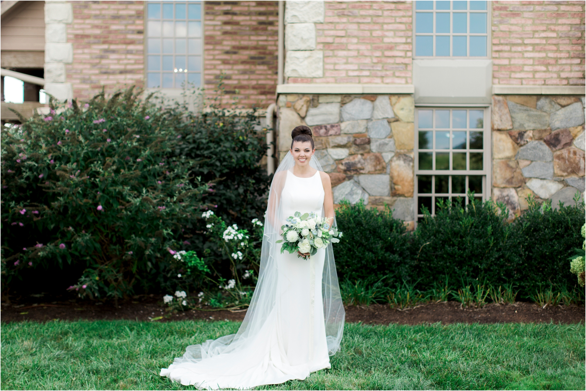 michelle-george-early-mountain-vineyard-charlottesville-virginia-wedding-photos_0033.jpg