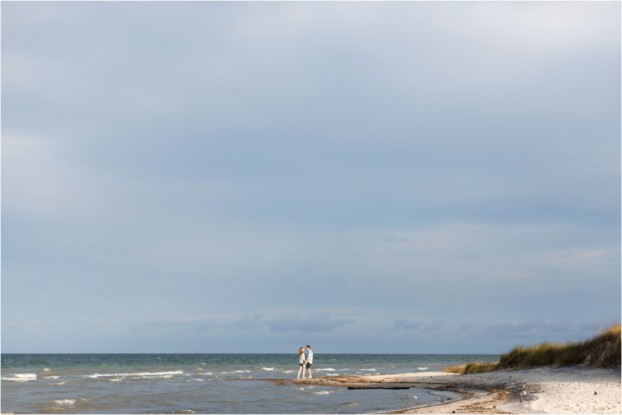 emily-drew-chesapeake-bay-beach-virginia-engagement-photos_0009.jpg
