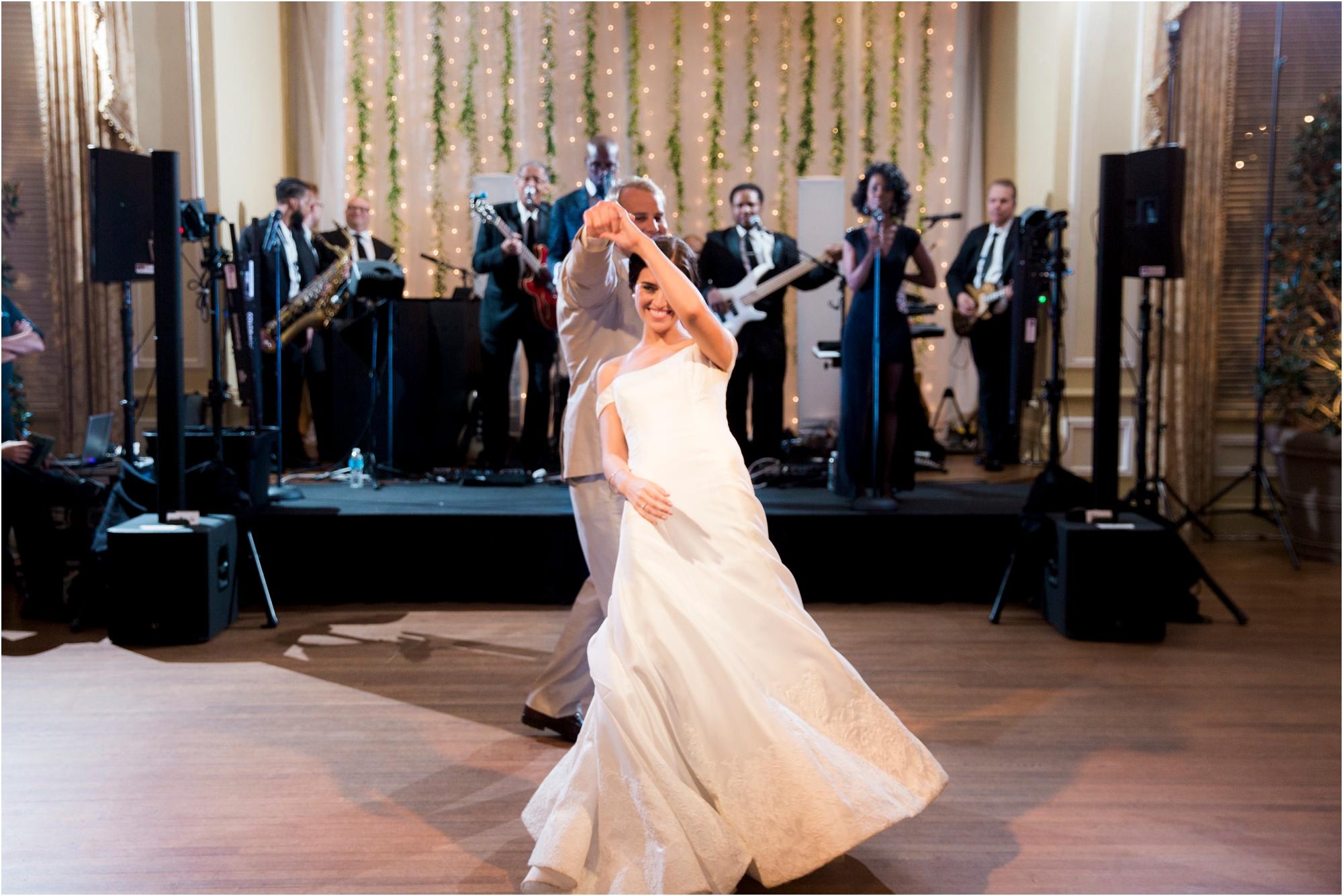 claire-thomas-farmington-country-club-charlottesville-virginia-wedding-photos_0040.jpg