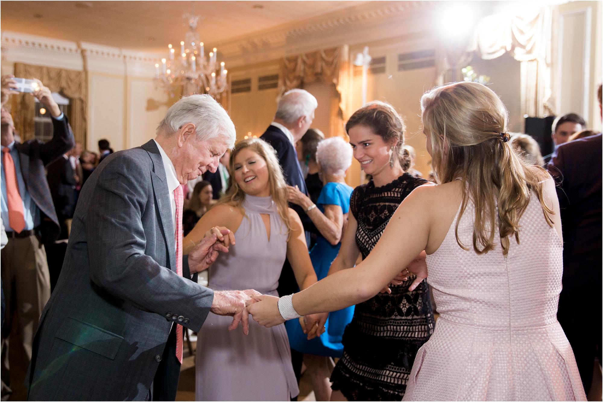 claire-thomas-farmington-country-club-charlottesville-virginia-wedding-photos_0047.jpg