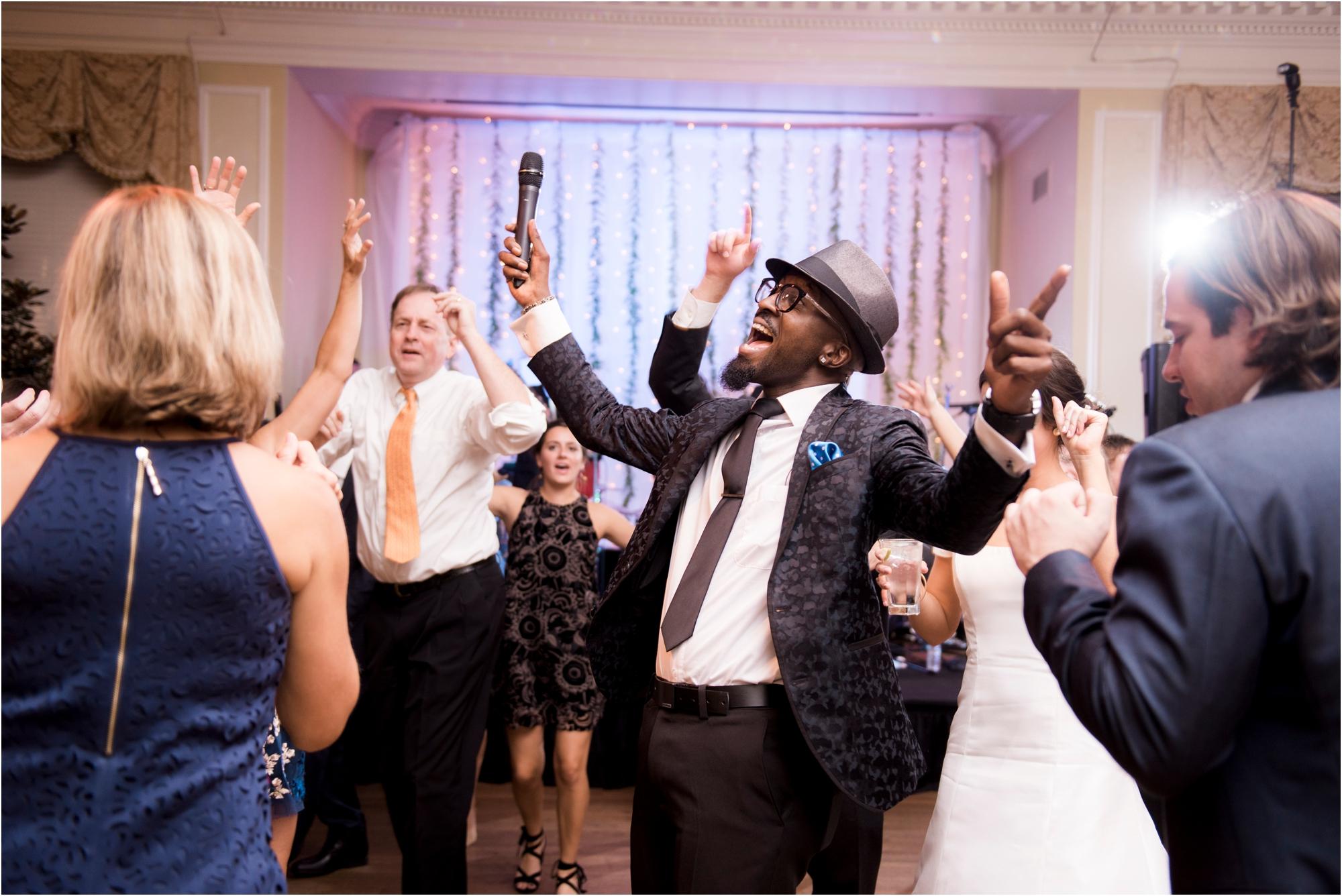 claire-thomas-farmington-country-club-charlottesville-virginia-wedding-photos_0055.jpg