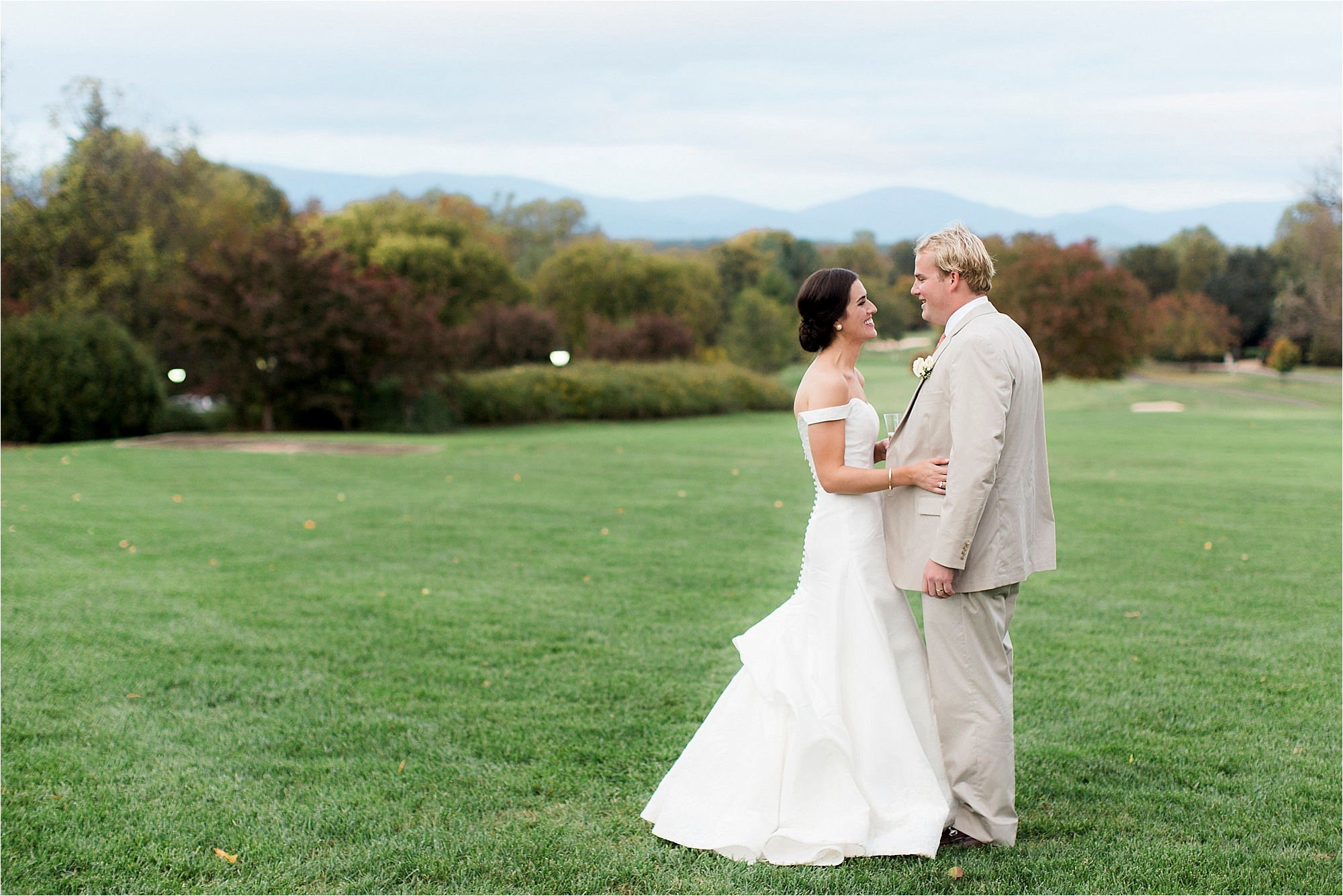 claire-thomas-farmington-country-club-charlottesville-virginia-wedding-photos__0065.jpg