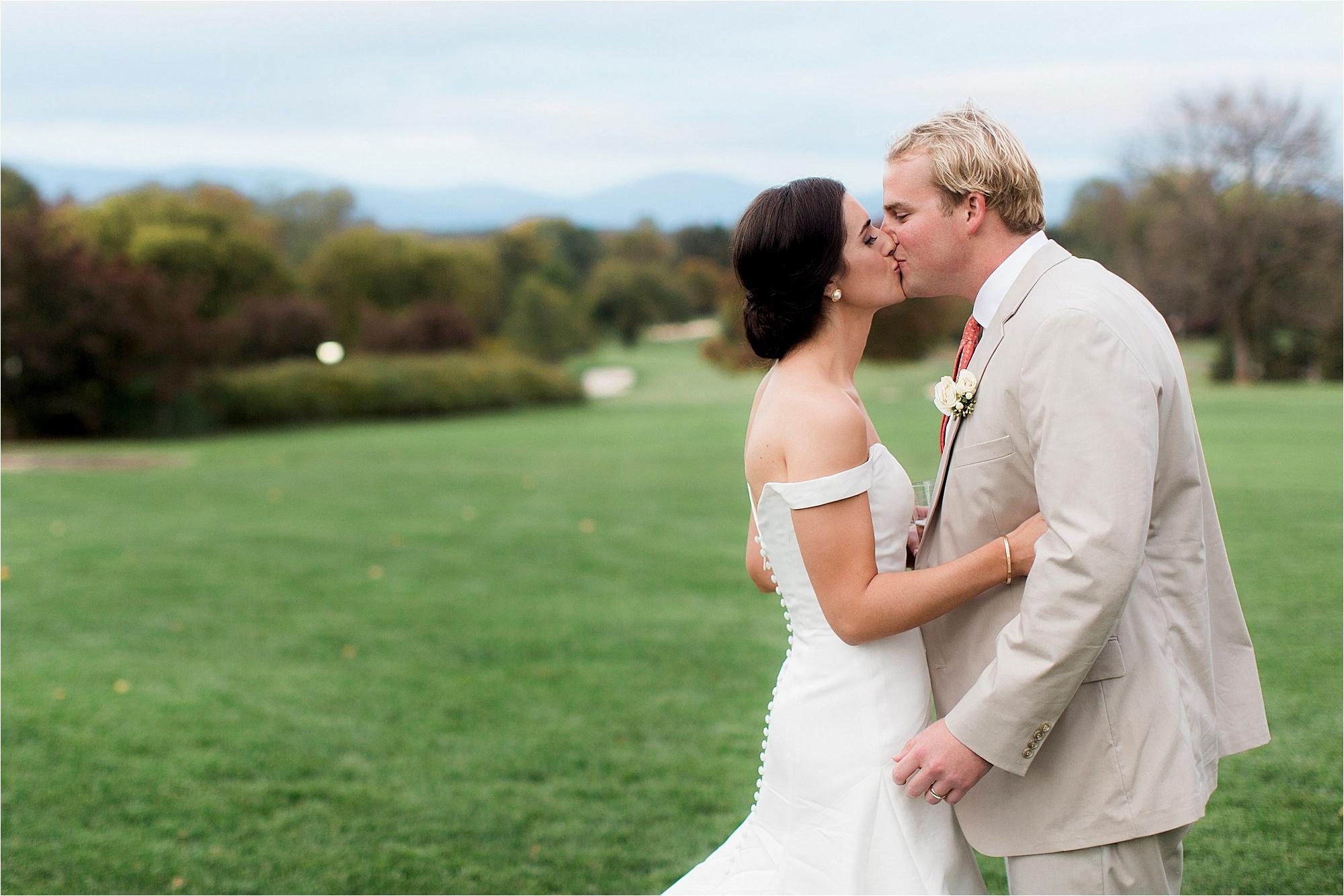 claire-thomas-farmington-country-club-charlottesville-virginia-wedding-photos__0067.jpg