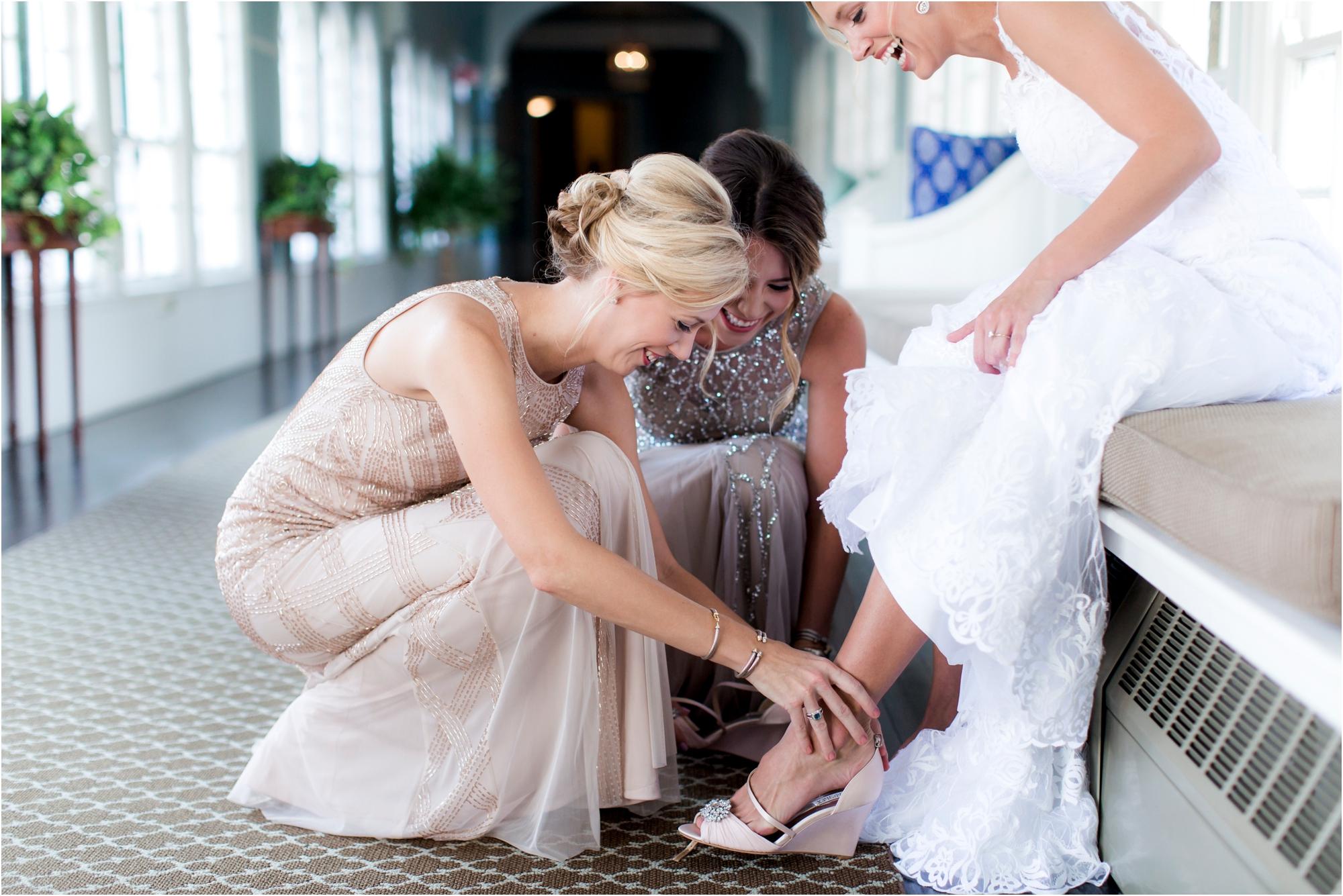 brooke-ilya-fall-virginia-omni-homestead-resort-wedding-photos_0011.jpg
