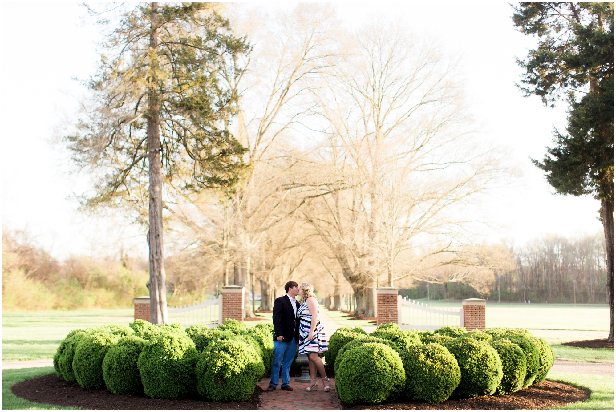 Rachel-Robert-Urbanna-Virginia-Spring-Engagement-Photos_0007.jpg