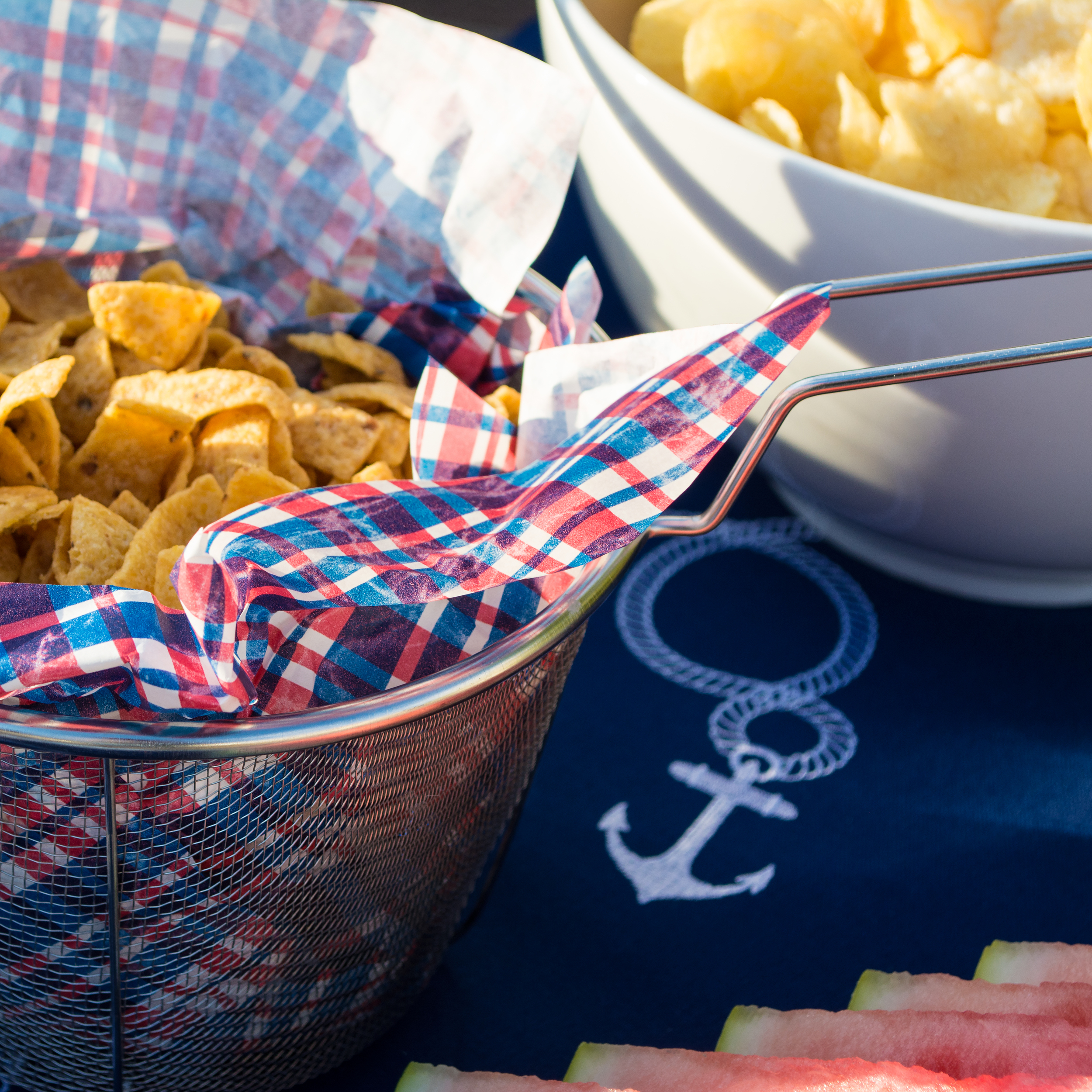 23 Tips to Throw An Awesome Summer Party
