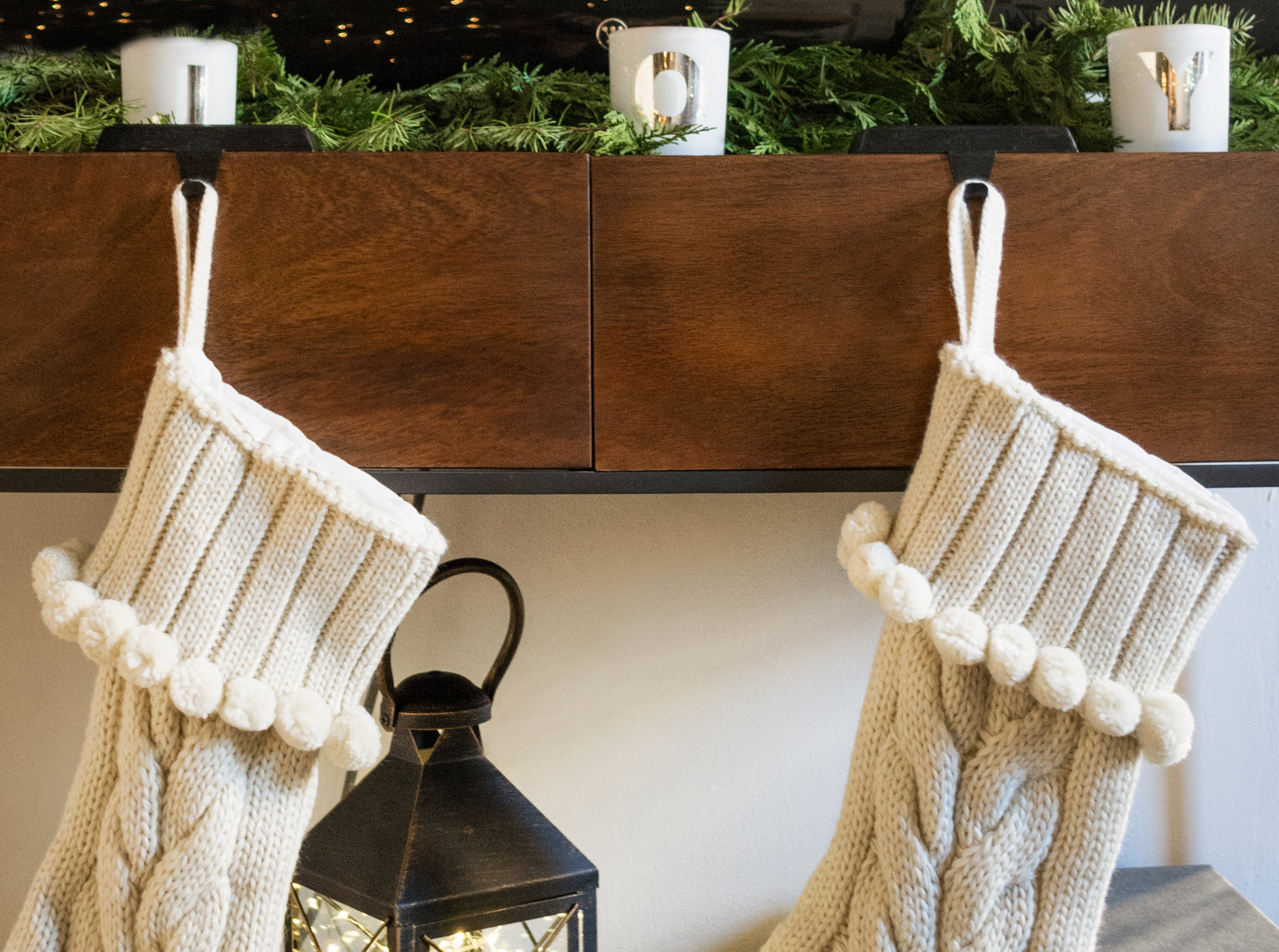 Decking the Halls with Pier 1 Imports | The Modern Otter