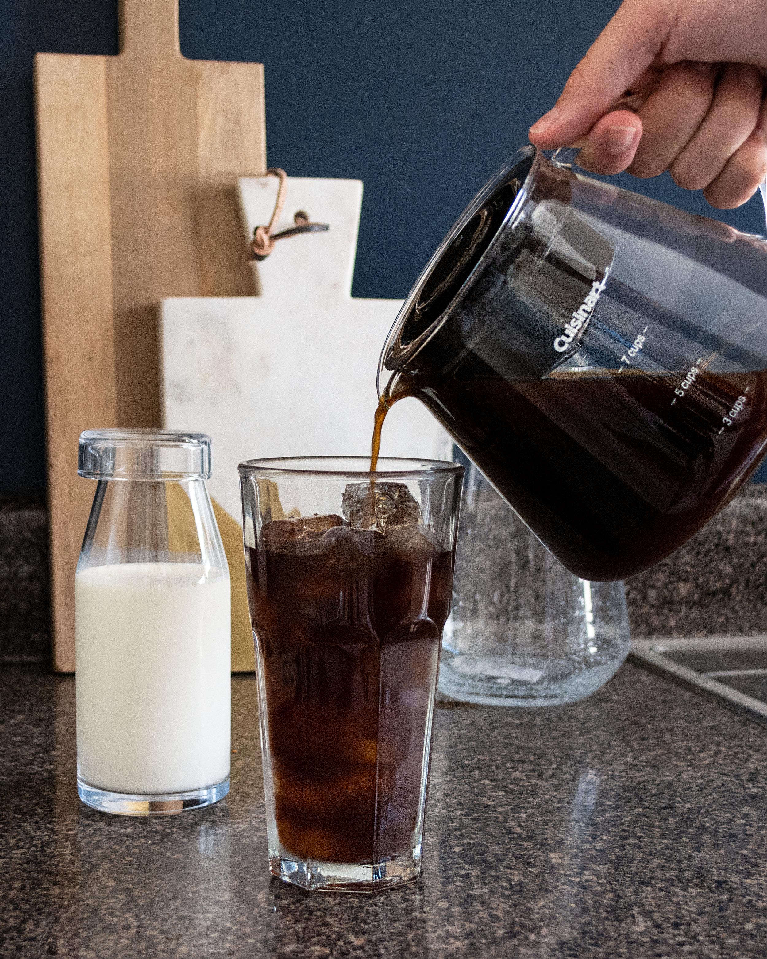 Cuisinart Cold Brew Coffee Machine | The Modern Otter #CuisinartColdBrew