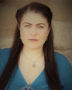 Alicia-Wallace-soprano.jpg