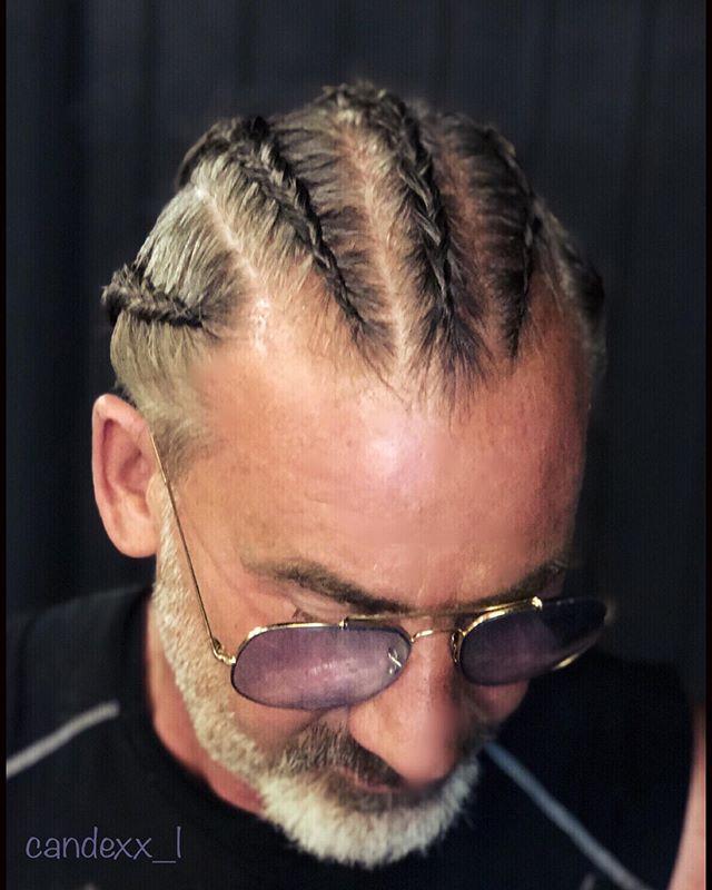 * Manifest. . . #manifestmonday #festivalbraids #manbraids #cornrows #longhairmen #hairstyles #menshairstyles #4hairpleasure #modernsalon #hairoftheday #hairinspo #winnipegsalon #winnipegstylist #wpgnow #finditdowntown #exchangedistrictwinnipeg #exchangedistrictbiz #crownandbeautyboutique #candexx_l