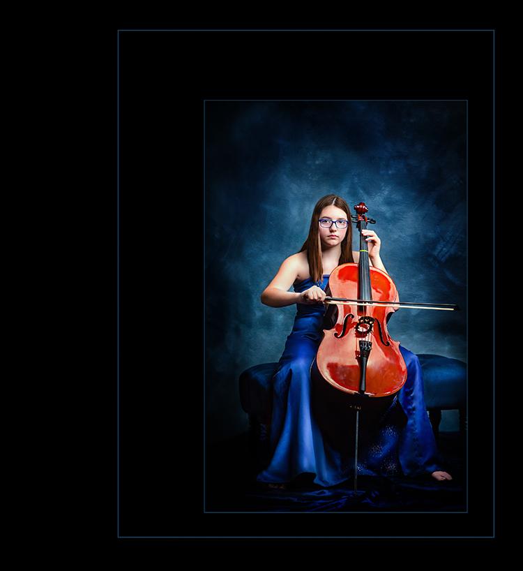 Moody_Cellist.jpg