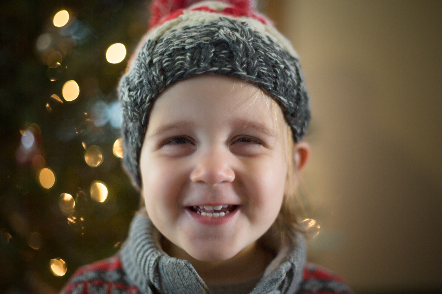 boston-photographer-child-christmas.jpg