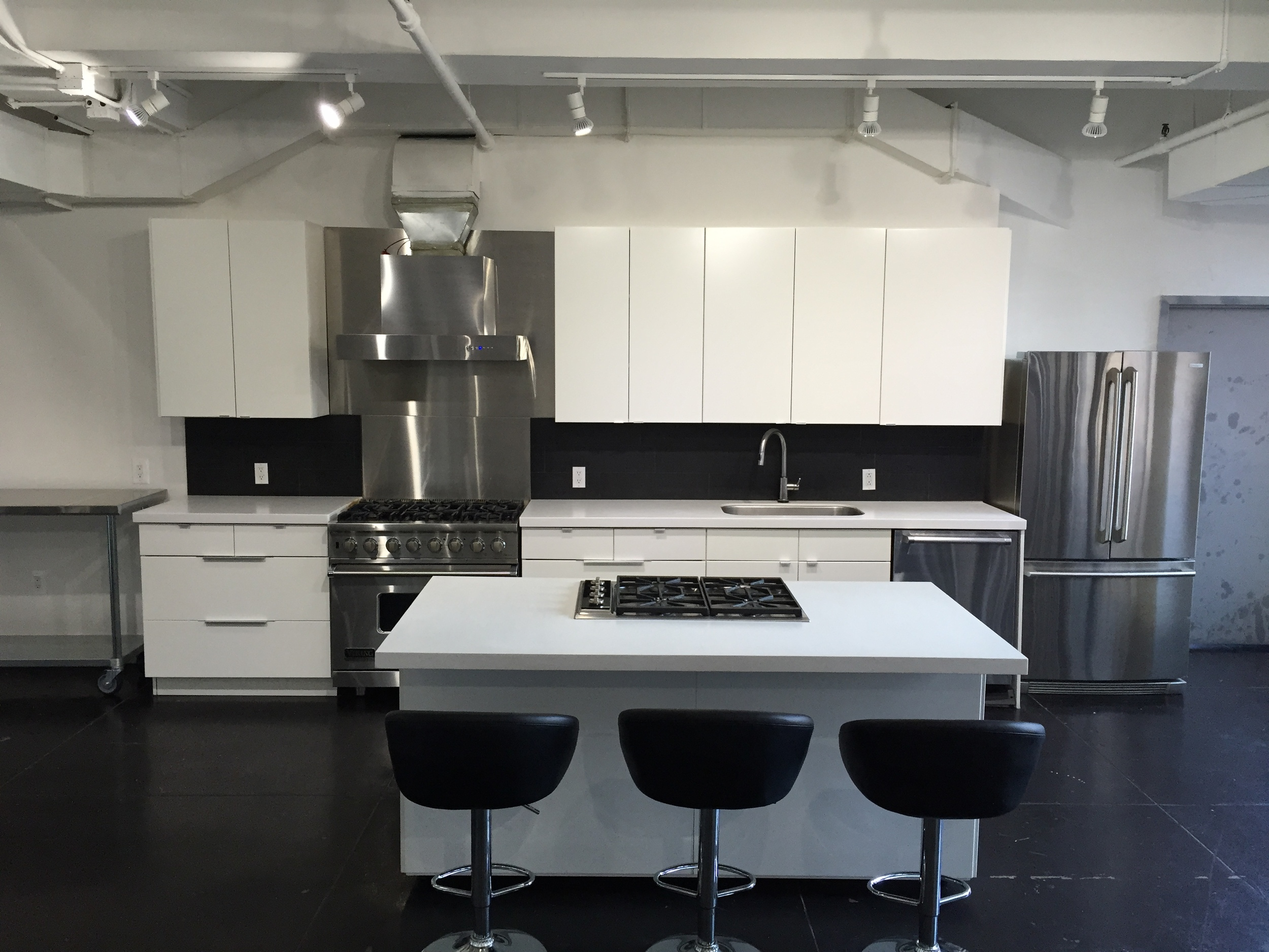 Shooting Kitchen 7.JPG