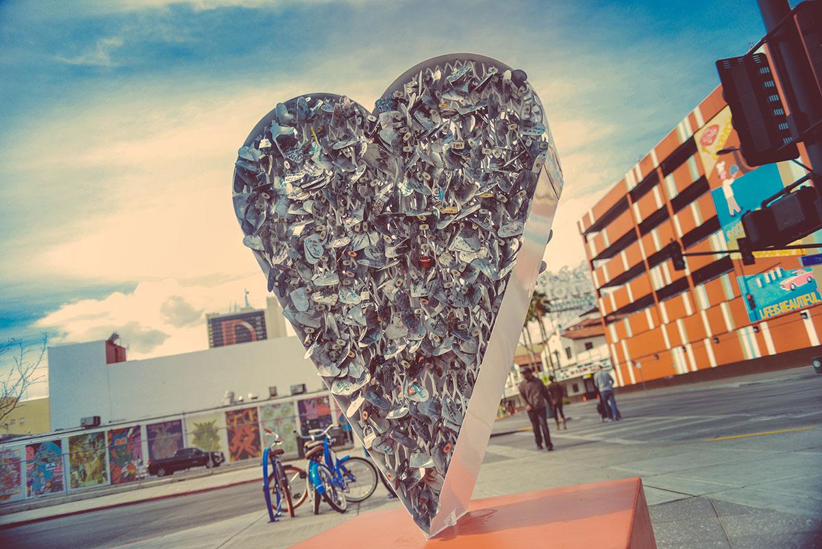 Heart-Statue.jpg