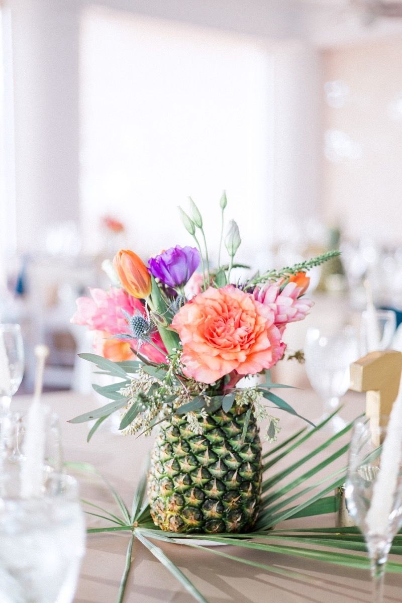 Pineapple Centerpiece.jpg