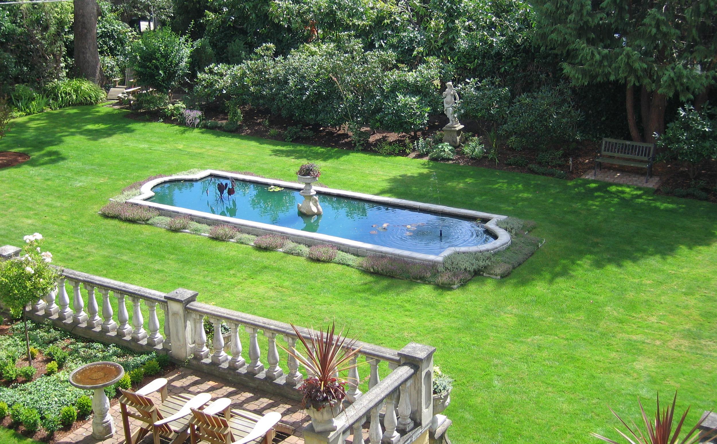 The Villa Marco Polo Garden
