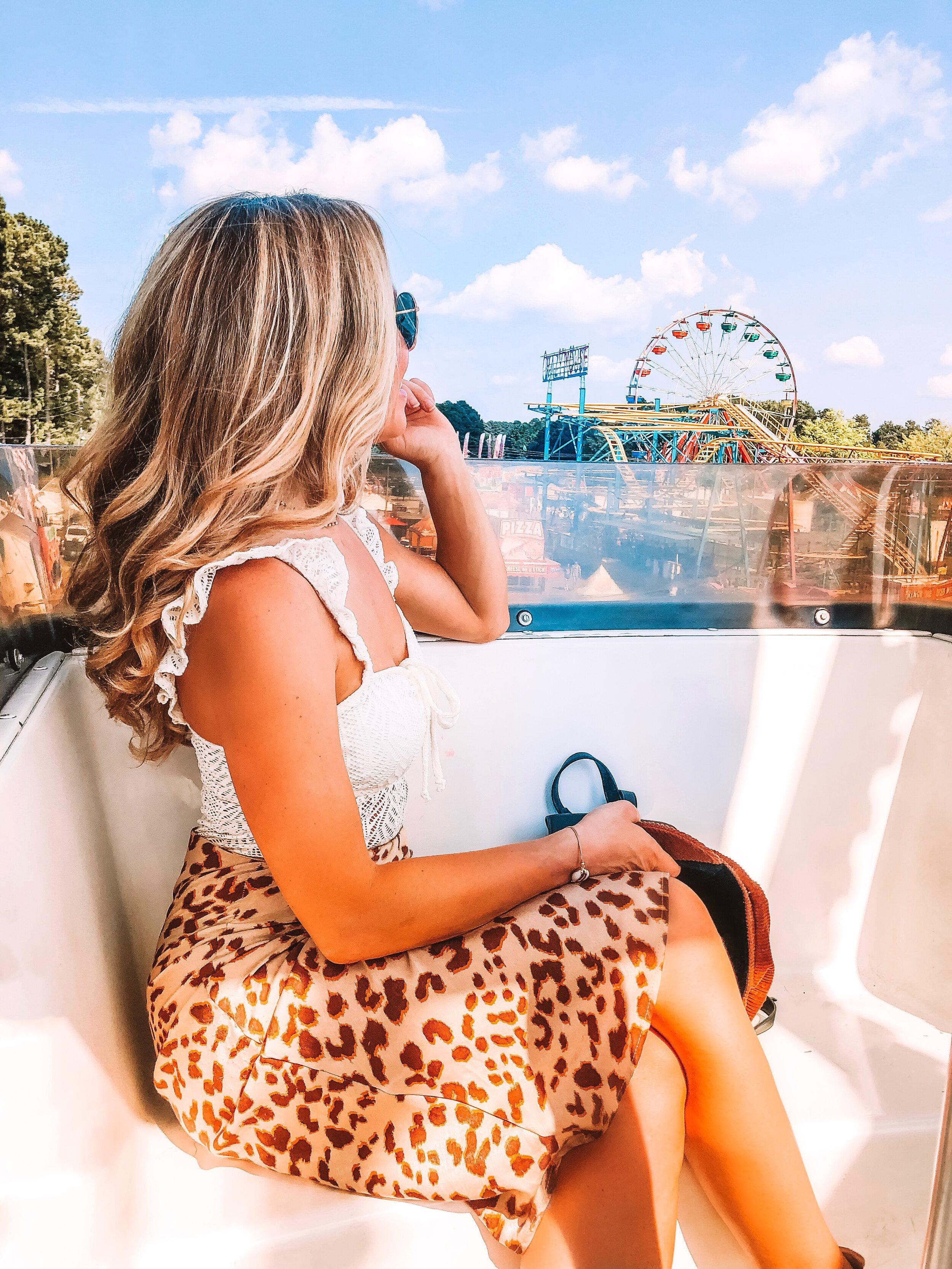 carnival-attire-leopard-skirt.JPG