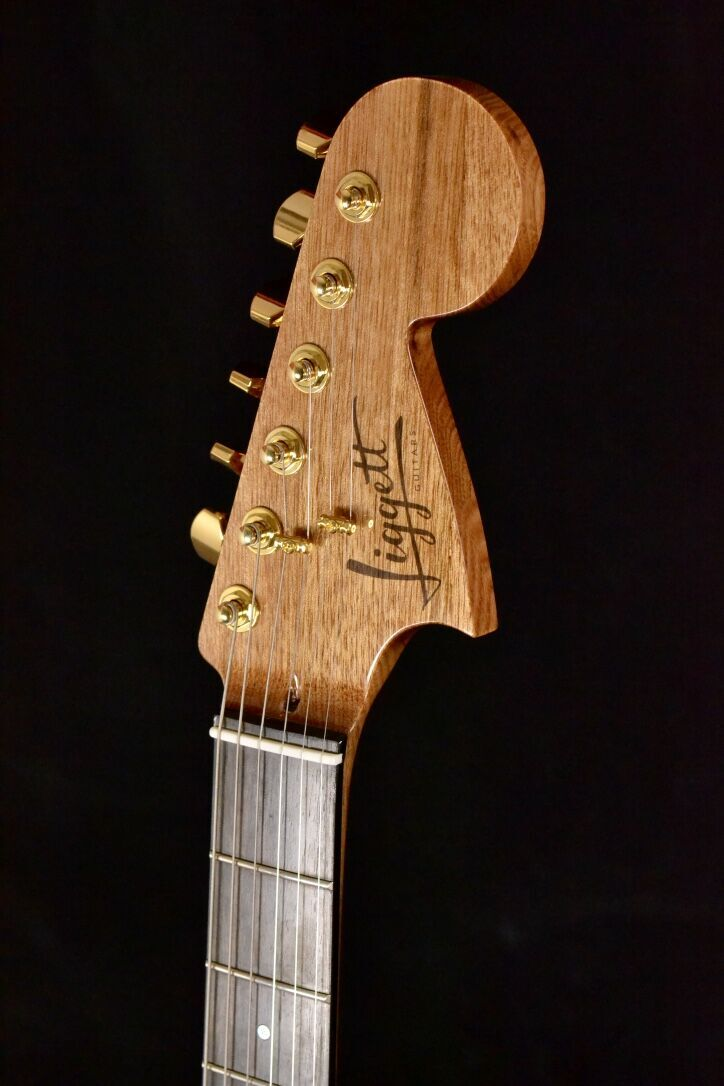 Bigsby inspired headstock