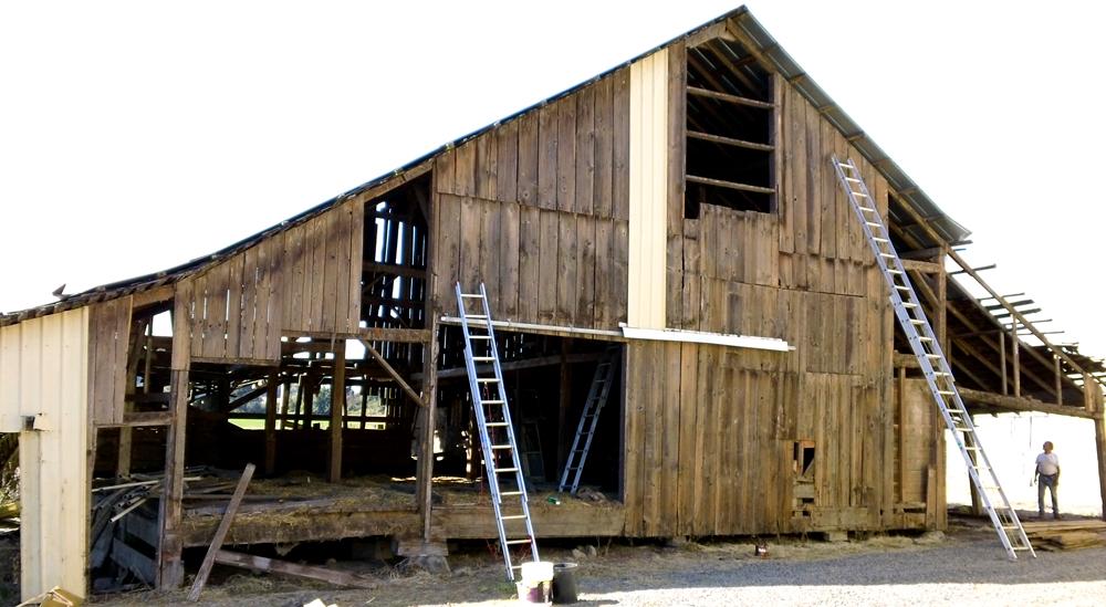 Barn dismantle02b.jpg