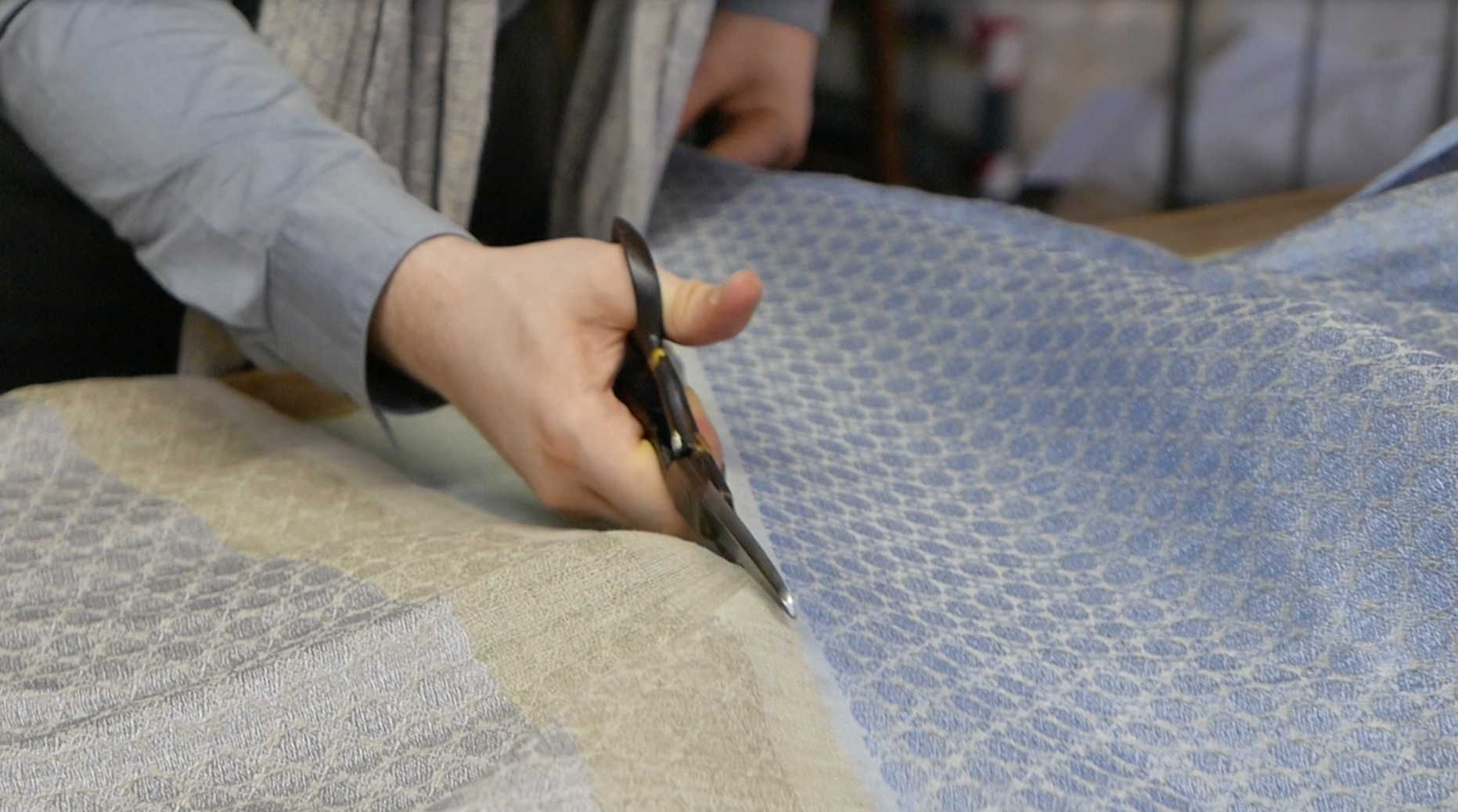 brendanjoseph_hands-cutting-shawls_scissors_weaving